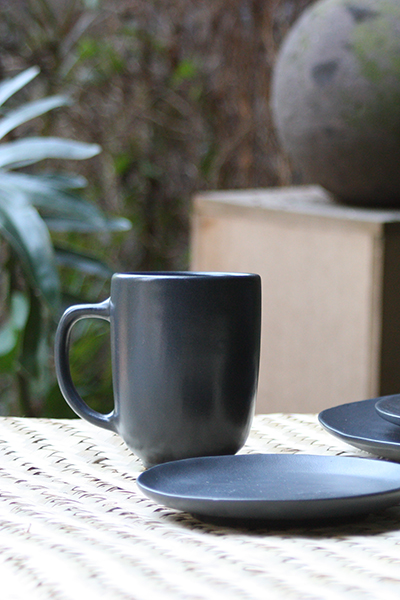 BLACK CERAMIC MUGS 10OZ.