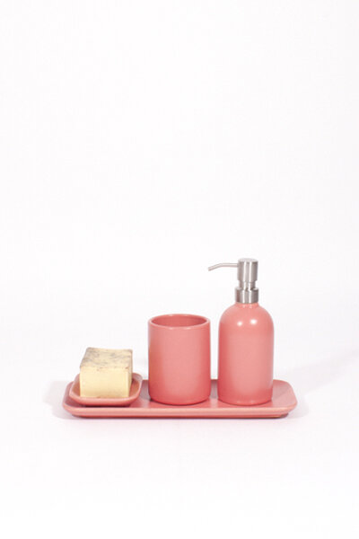 A174 PINK CERAMIC TRAY