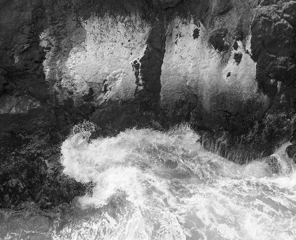 Wave and Cliffs with Algae. Mendocino, CA. 2007. Canon EOS-1Ds Mark II.