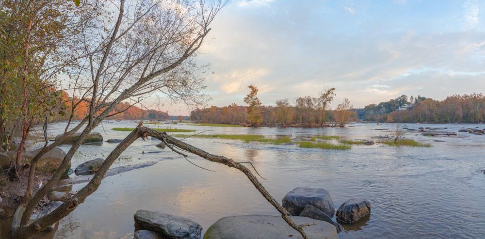 Dawn, James River. Richmond, VA. 2018. Canon EOS 5DS R.