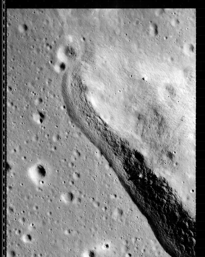 Lunar Orbiter Frame 3199_H3. February 1967.