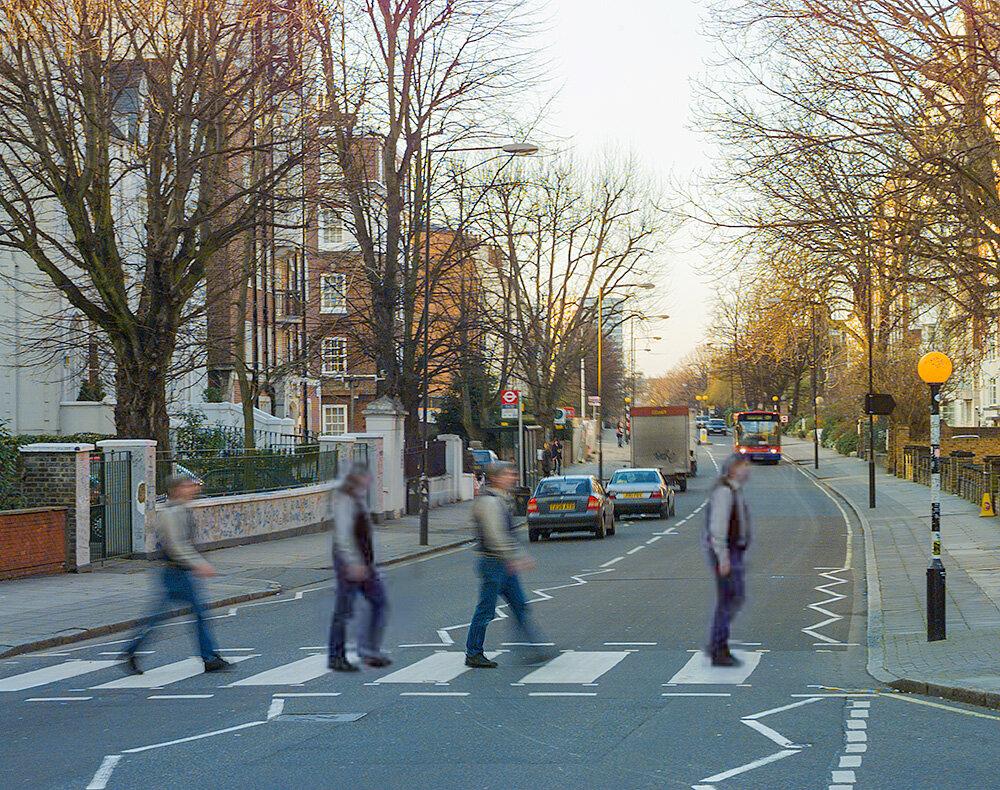 Stephen Johnson doing the ritual eat across Abbey Road. Photos by Anthony Hobbs. 2000. Kodak DCS 460c