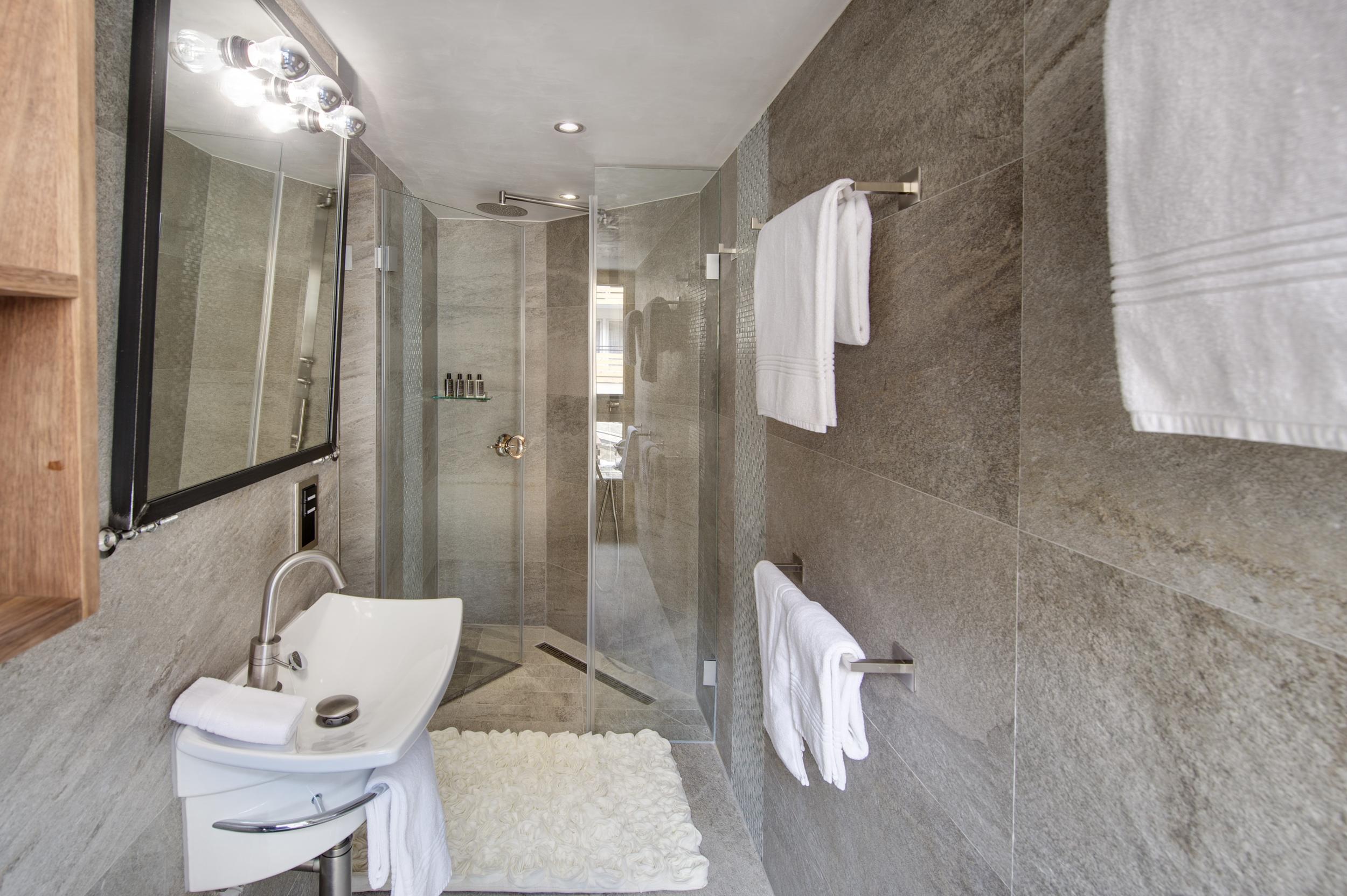 New penthouse 007.jpg