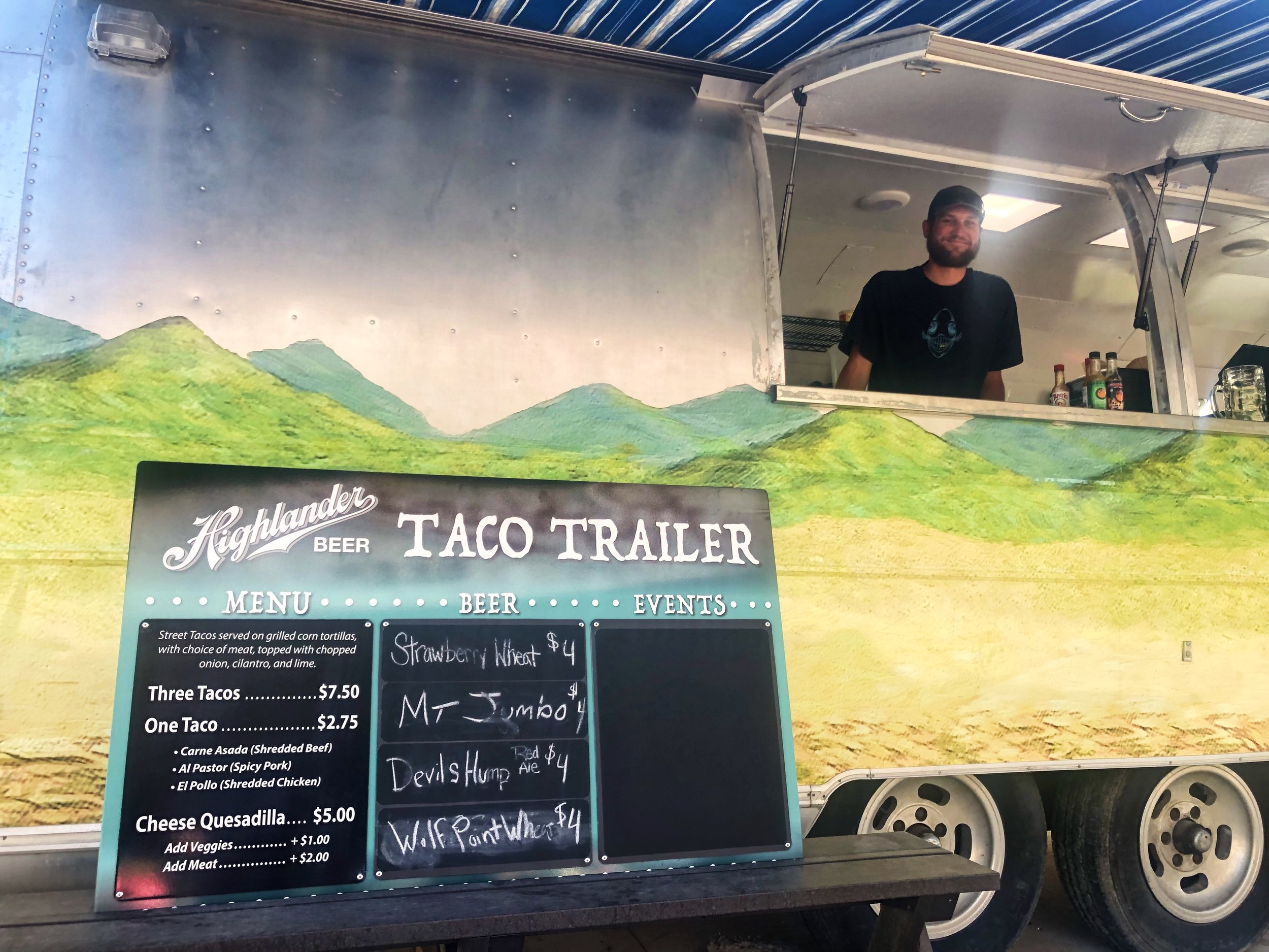 Bruce taco trailer .JPG
