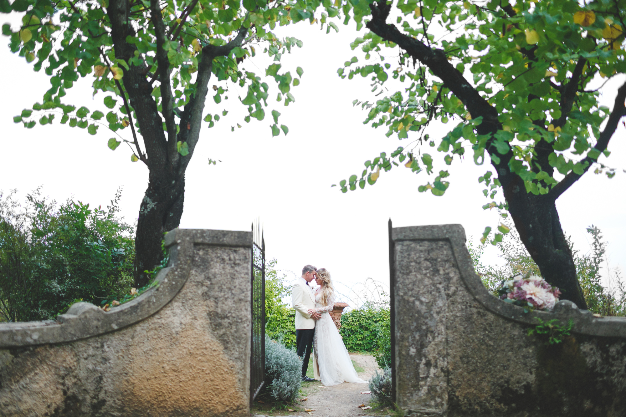 Dreamy Amalfi Coast Destination Wedding in Italy's Ravello photographed by Jennifer Skog