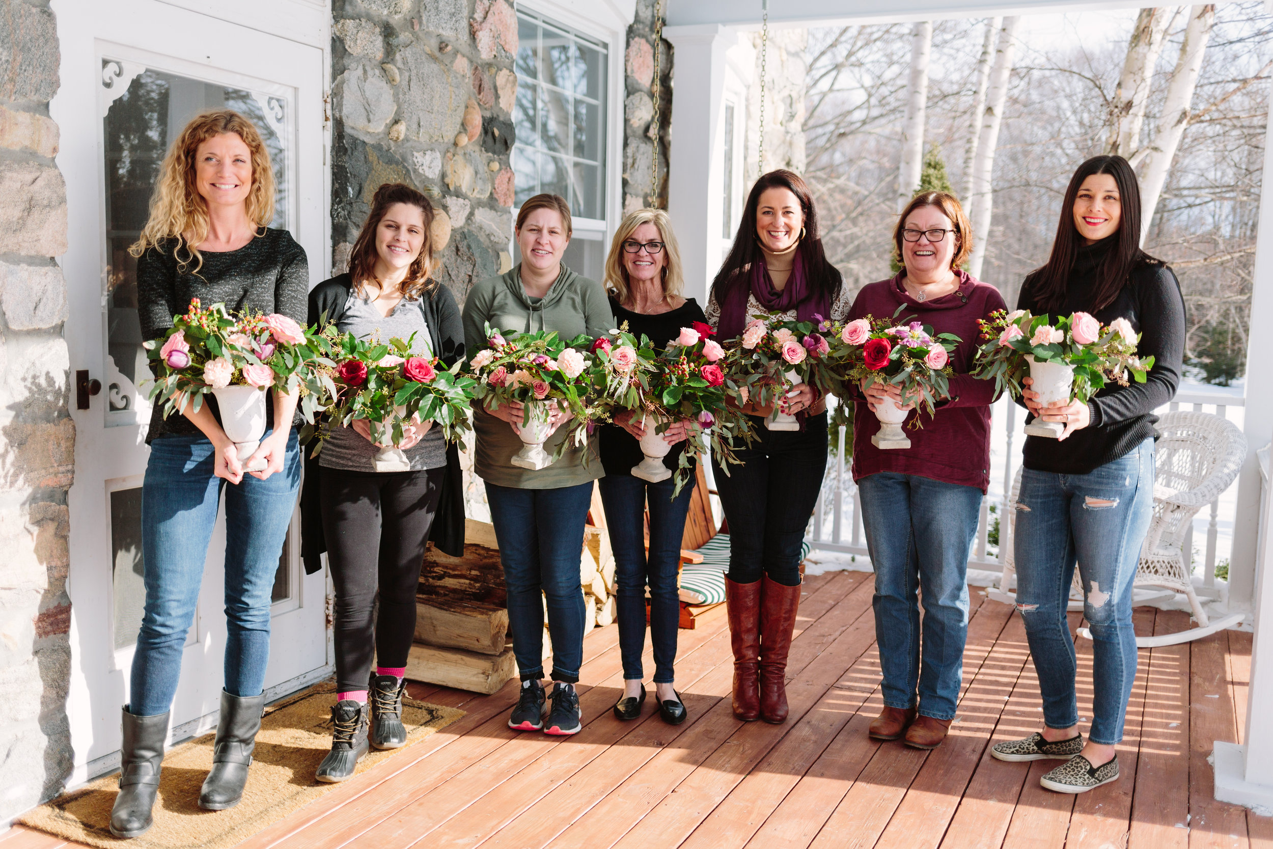 Our amazing group from 'An Afternoon With Flowers' workshop!