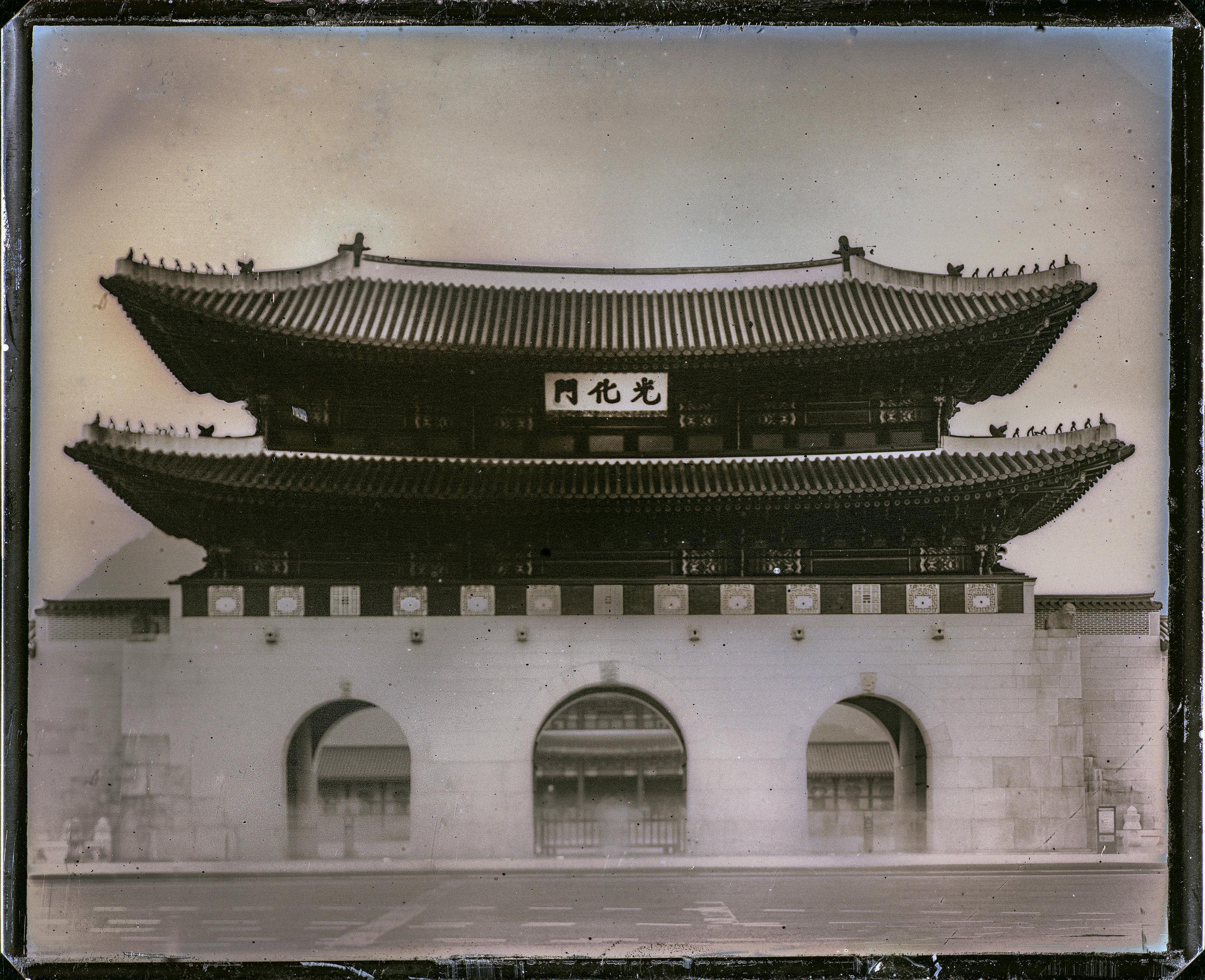 Daguerreotype (ダゲレオタイプ)_KOREA   MATERIALISMプロジェクトの活動拠点であったソウルで、 韓国初のダゲレオタイプ 。コンテンポラリーダゲレオタイプ界では静物や人物の作品が中心です。最難度の写真技法+天候、紫外線量、移動時間などさまざまな不確定要素が加... つづきをみる