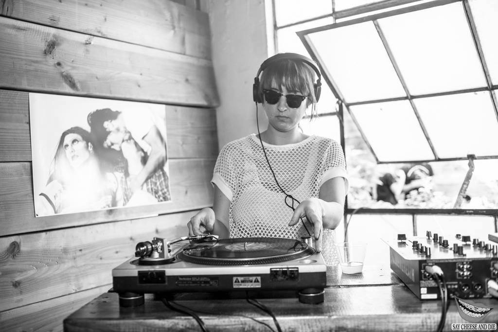 Born and raised in Los Angeles, Alison Swing has been a self-proclaimed vinyl junkie.