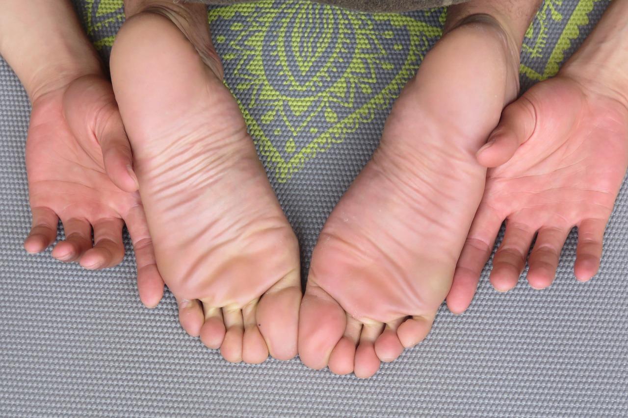 home-yoga-practice.jpg
