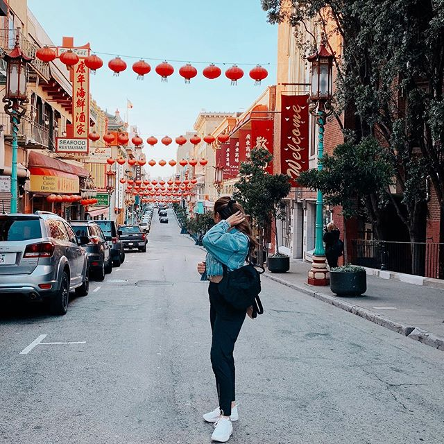 CHINA TOWN ⛩ #sanfrancisco the oldest and most established chinatowns in the U.S 🥟🥡🥢🎎 I made @drinkwithbrendon stand in the middle of the road to take this photo and I was in charge of making sure he didn't get hit by a car.... I didn't realize I was looking the wrong way 😅 | *no one was harmed in the making of this photo