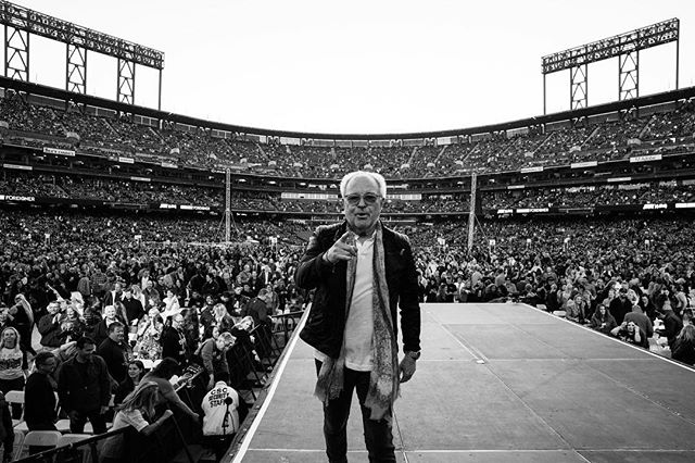 Mick Jones before @foreignerlive took the stage in San Francisco at last week's sold out trifecta with @defleppard and @journeymusicofficial✨ #karstenstaigerphotography