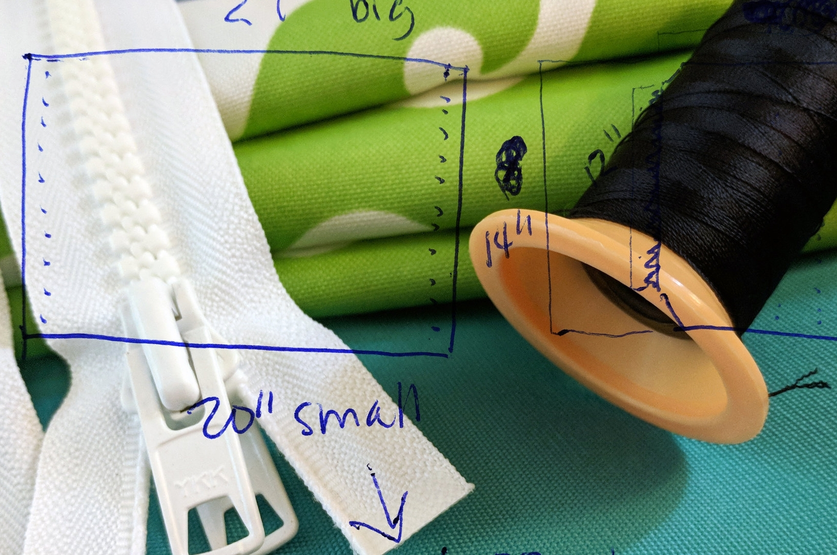 My Current Muse - I have an idea for a product that doesn't seem to exist: custom rowing sling fabric replacements.Don't know what that is? Well, it's pretty specific, but there's a market for it... and I have a concept.