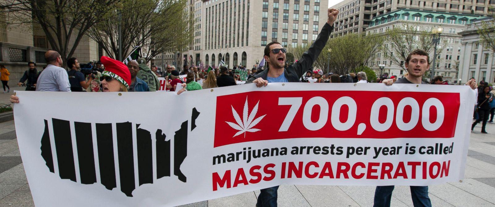 AP_marijuana_protest_2_jt_160402_31x13_1600.jpg