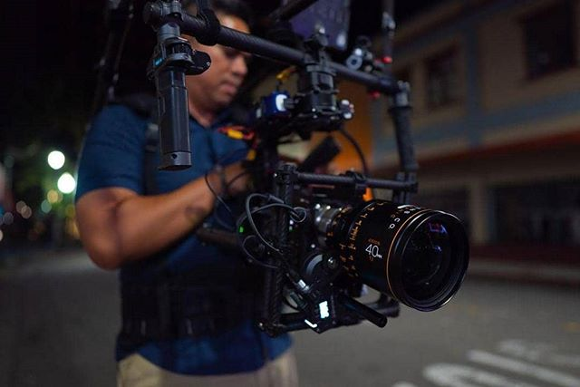 New @atlaslensco Orion Anamorphics on the @freeflysystems Movi M15! . . . . 📸: @snappysammyphotos  @keliigrace @_yatta @_blessdchil_