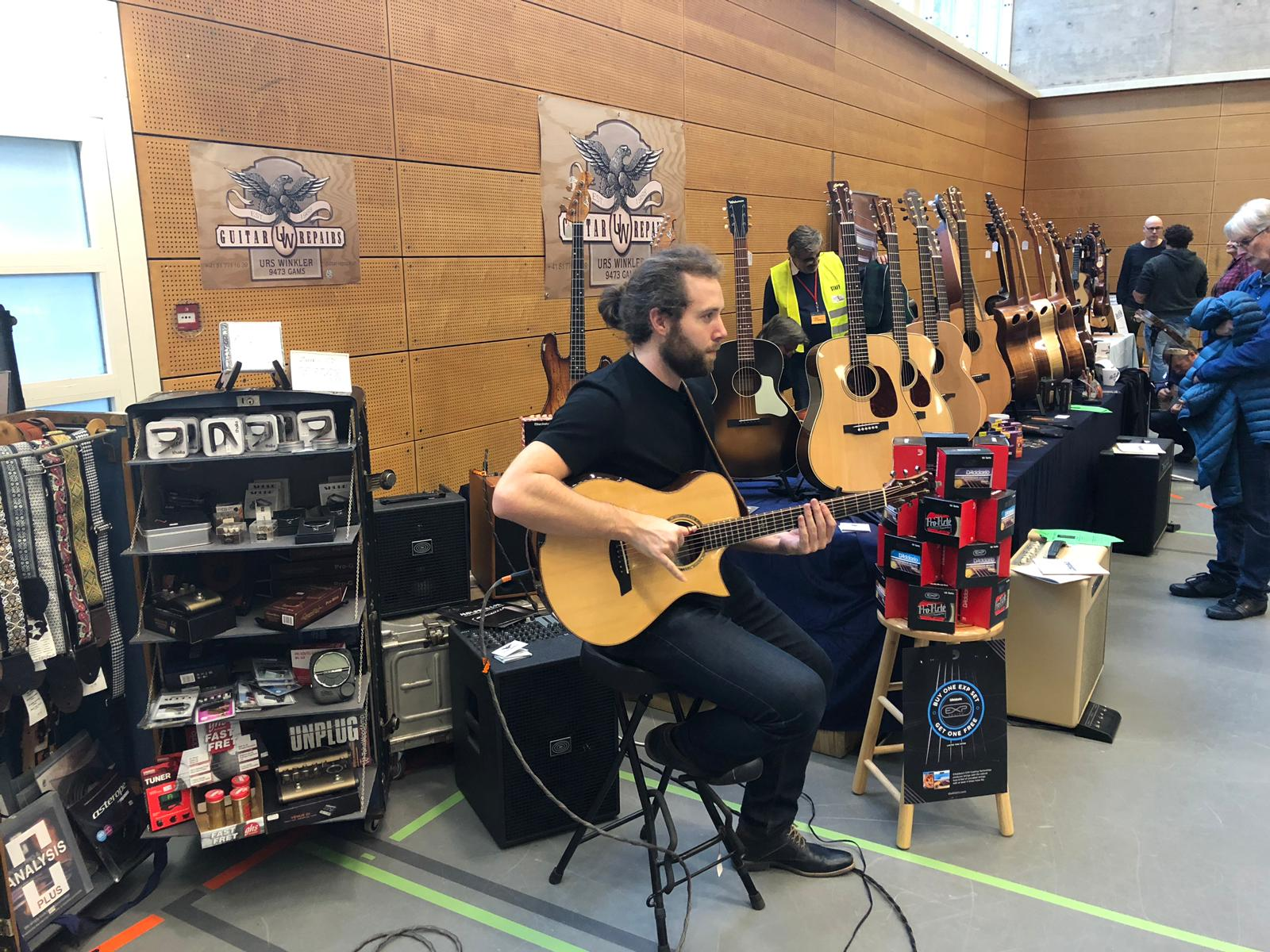 At 'Guitars & More' with 'Guitar-Repairs Urs Winkler