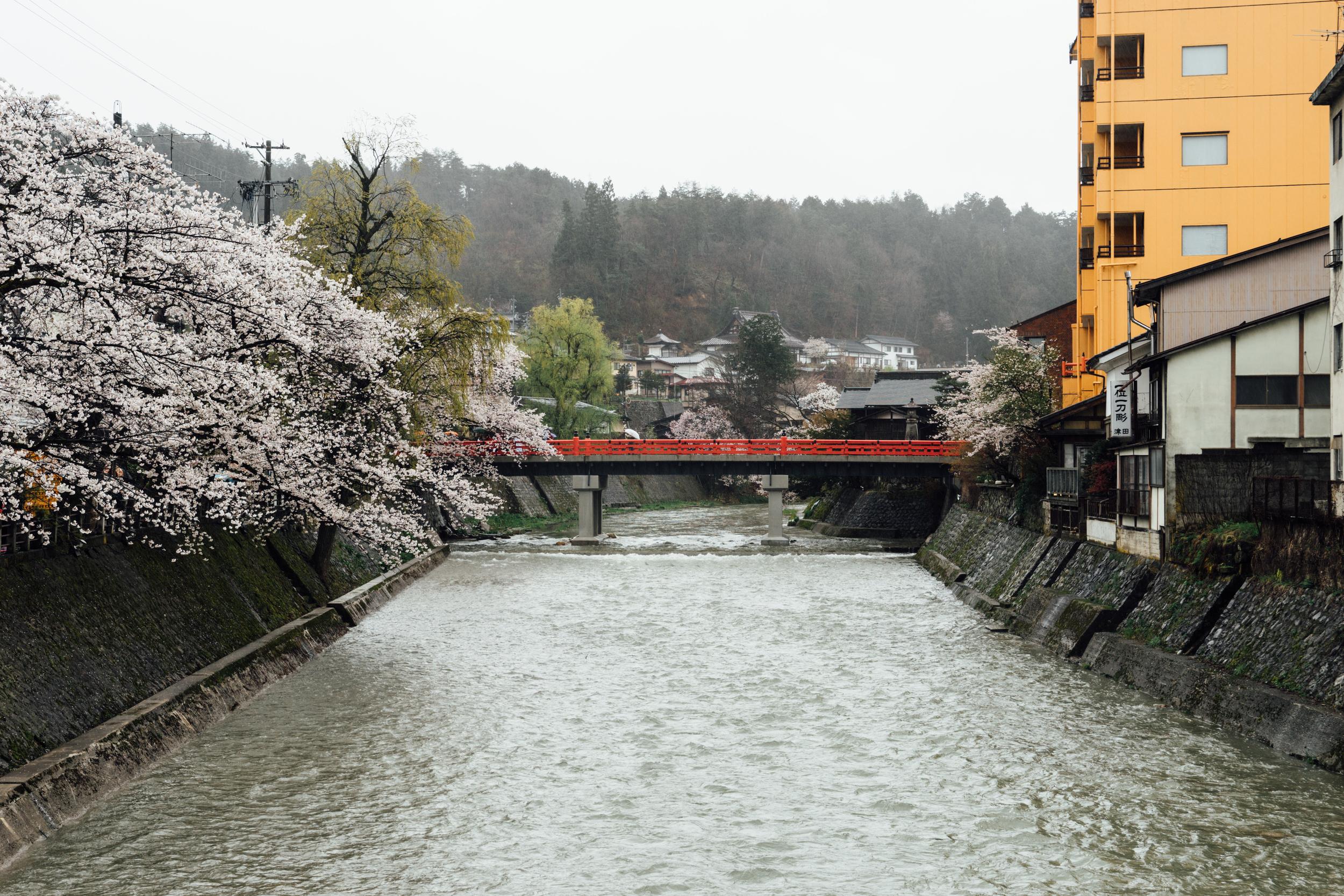 Nakabashi Red Bridge, Takayama