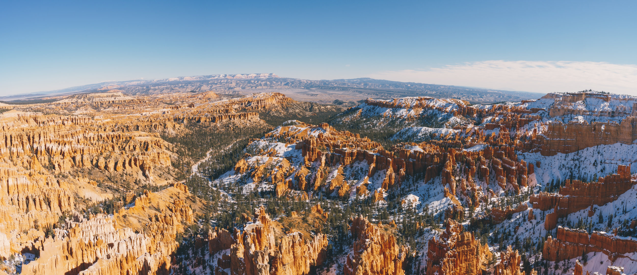 A panoramic view from the top of the  Inspiration Point