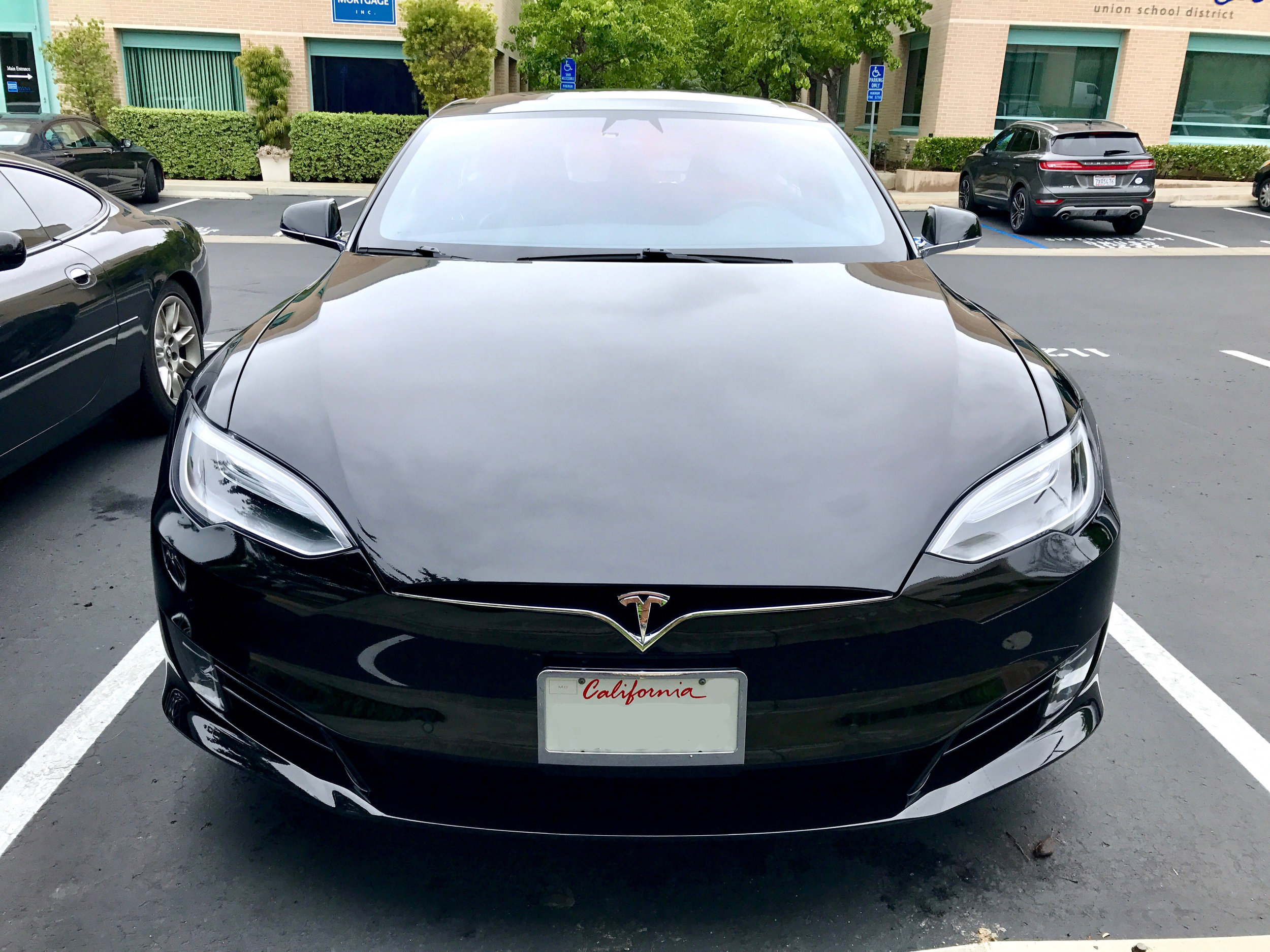 New front-end of the 2017 Model S