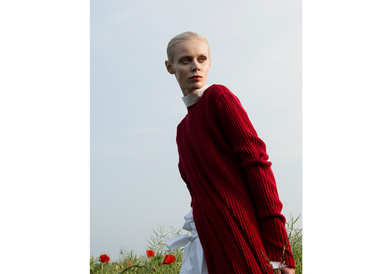 dress  MARQUES' ALMEIDA , shirt  FIOFI HAMBURG , trousers FIONA FINK