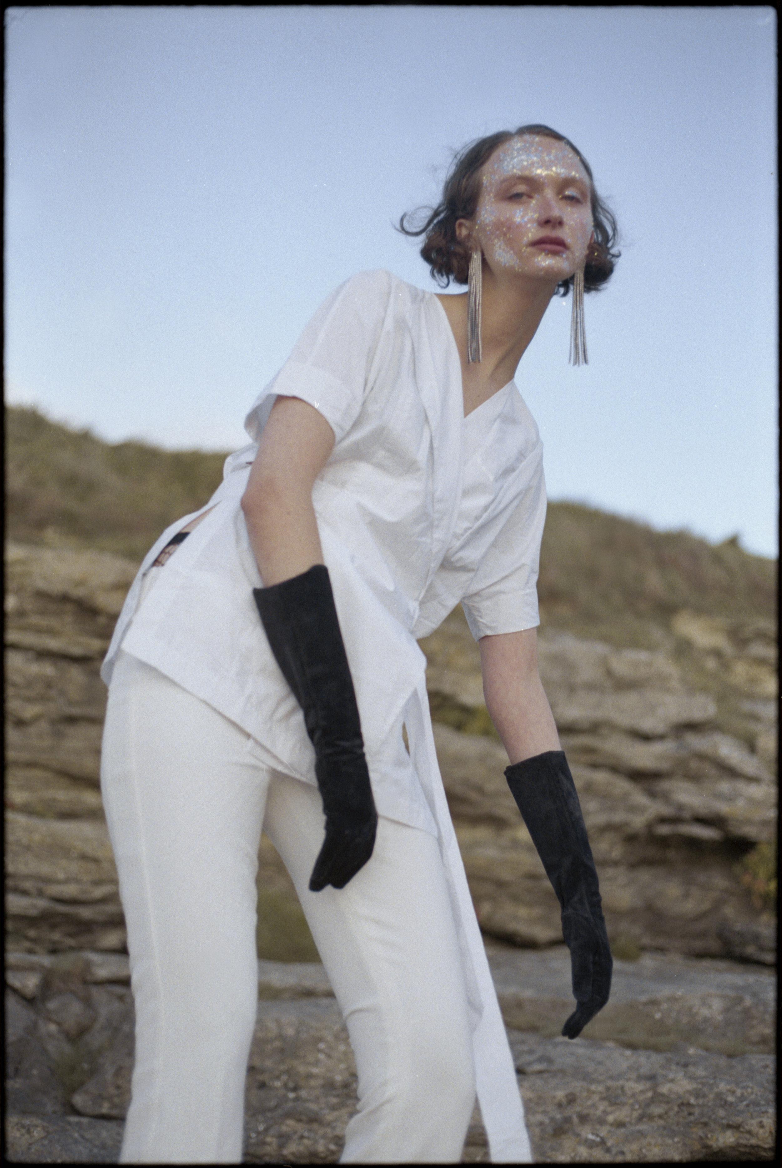 shirt  WHISTLES , trousers + gloves VINTAGE, earrings  ZARA
