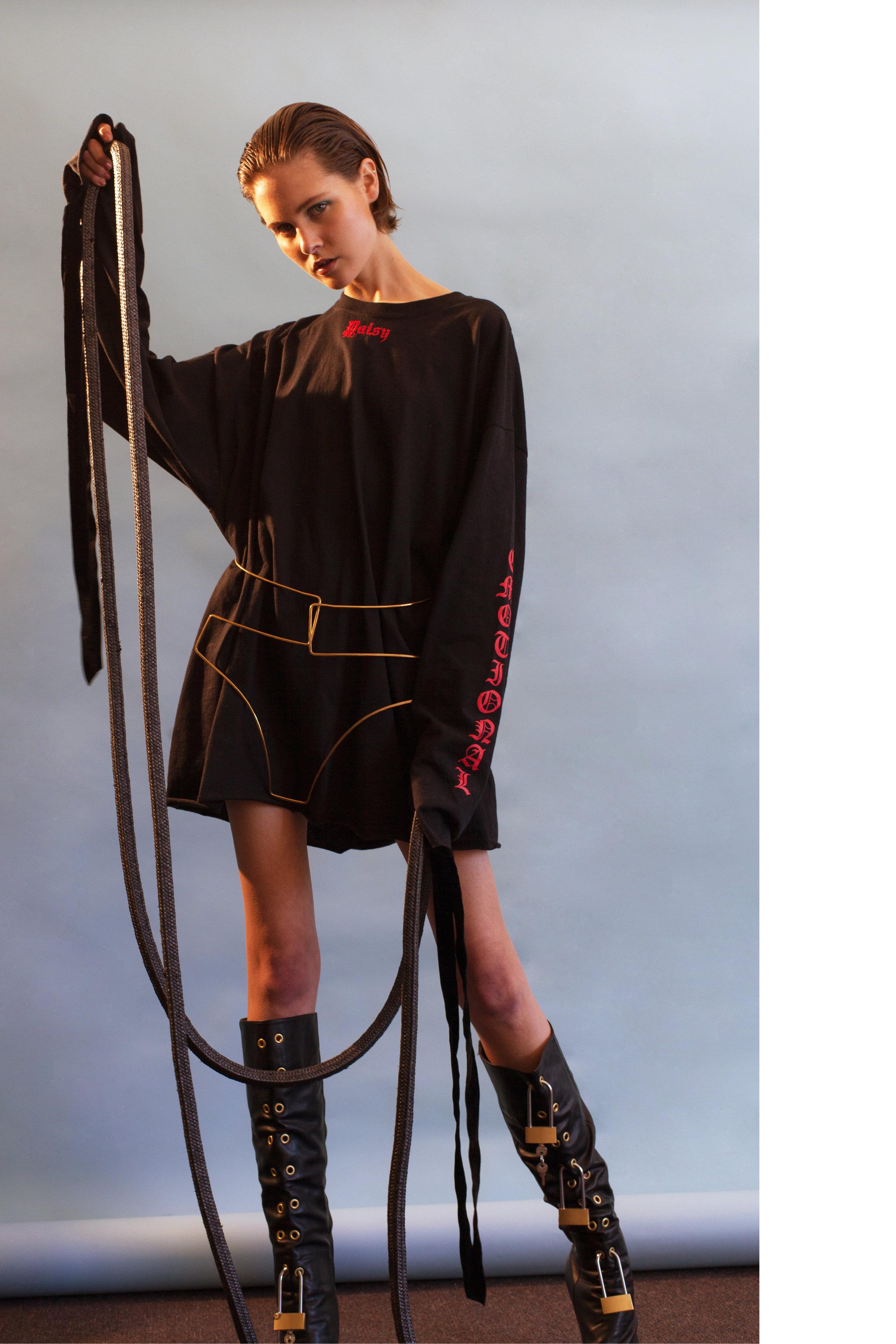 DAISY TEE dress, belt + boots ELISA KEELER