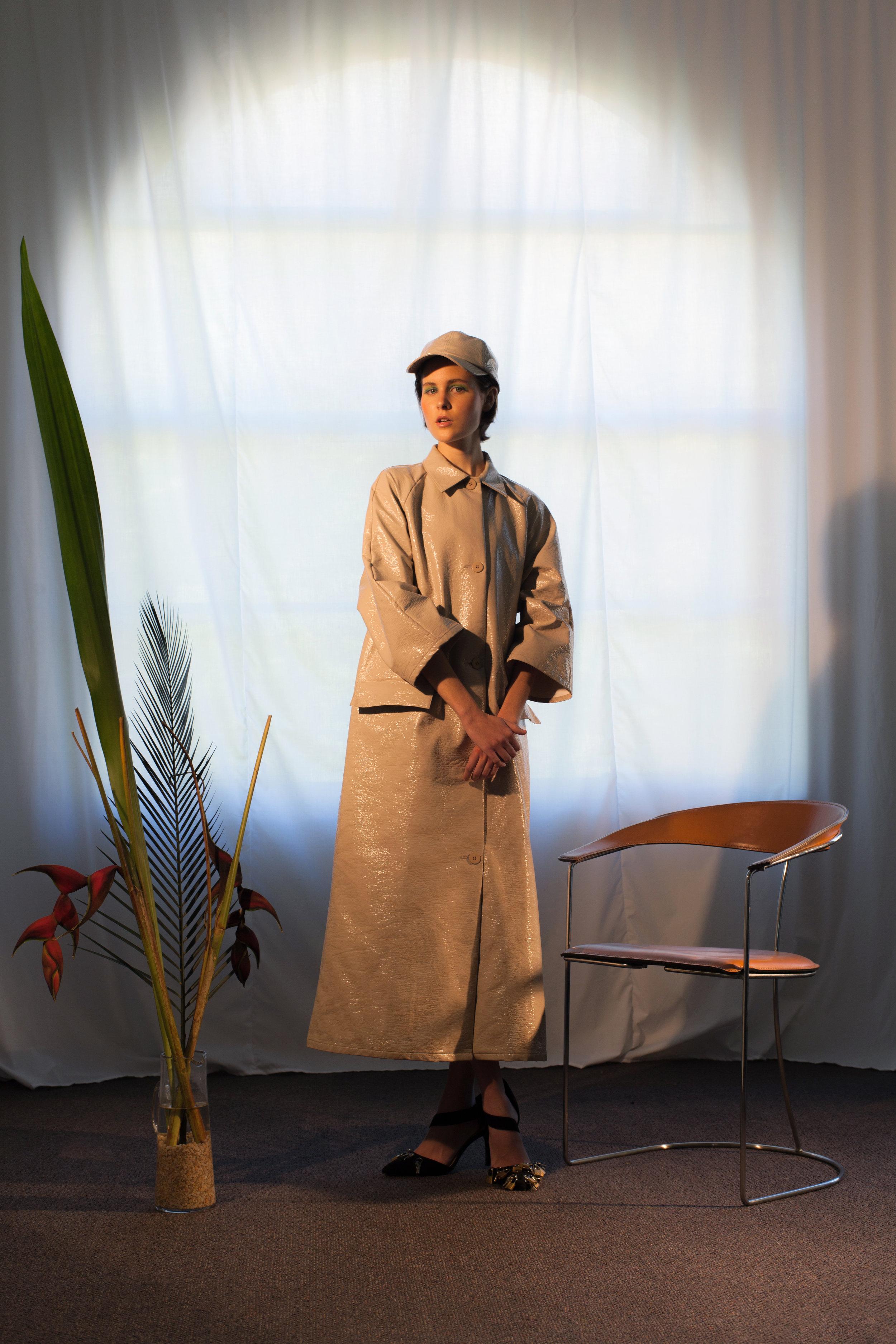 cap + jacket  VERNER,  shoes  ELISA KEELER