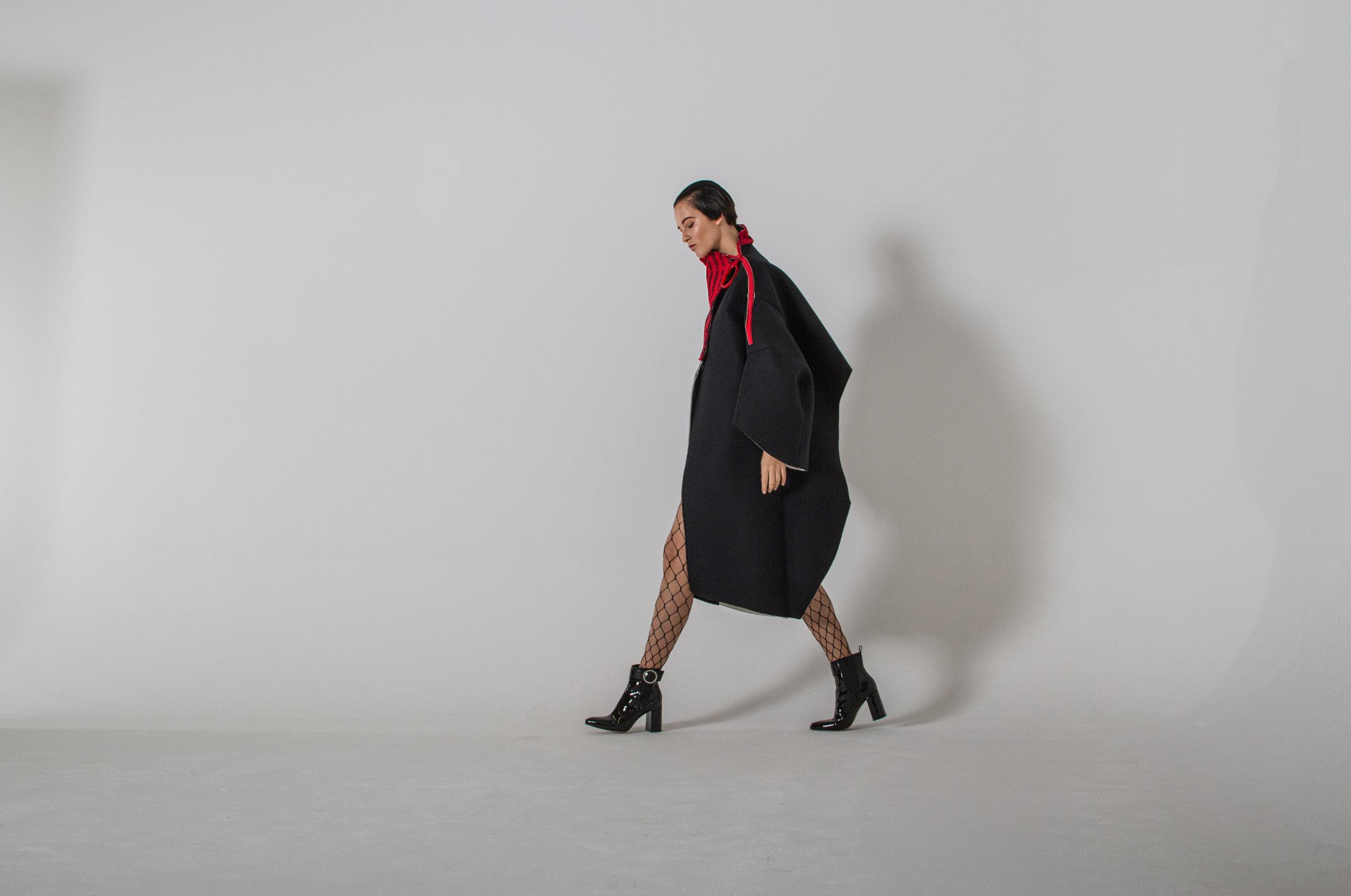 jacket MAGDALENA CZARNIECKA, shoes H&M TREND, fishnets TOPSHOP