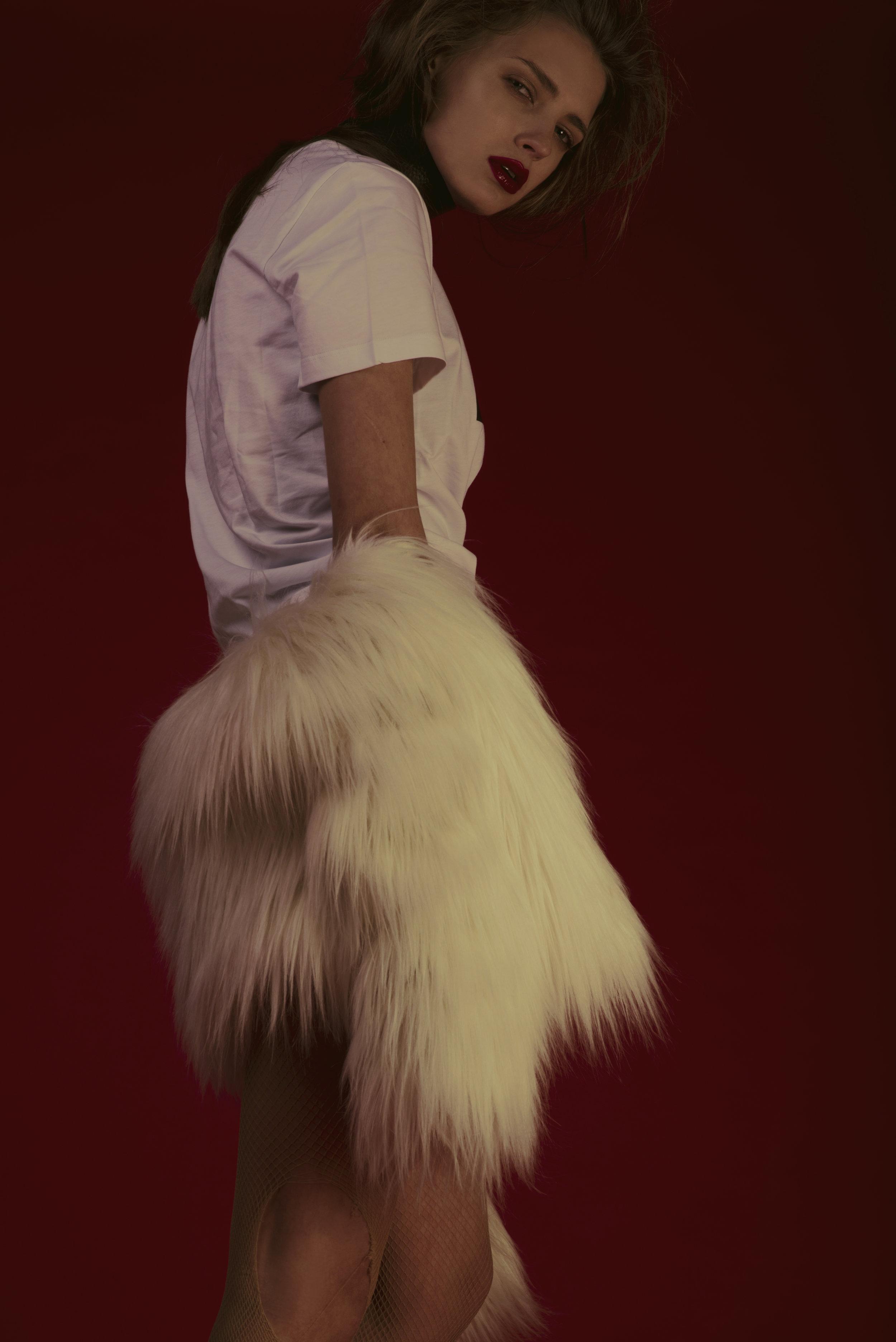 chocker  BLING BLING BY ALISON BIZZI , faux fur  GIAMBA , t-shirt  MSGM,  body INDIVIDUALS, shoes  MM6 MAISON MARTIN MARGIELA