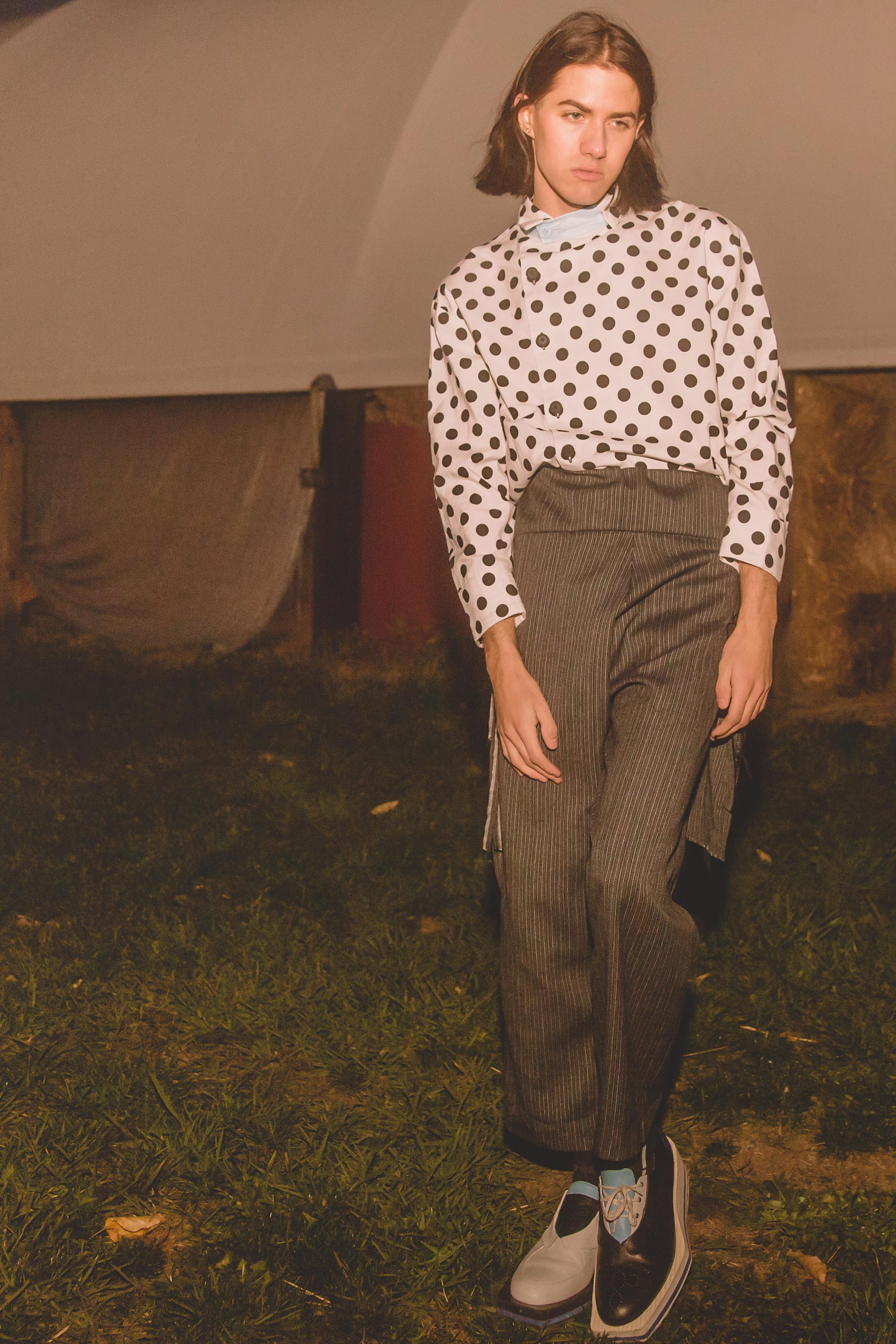 top + shoes  ACE KIM ,trousers  RAYMOND NATALE