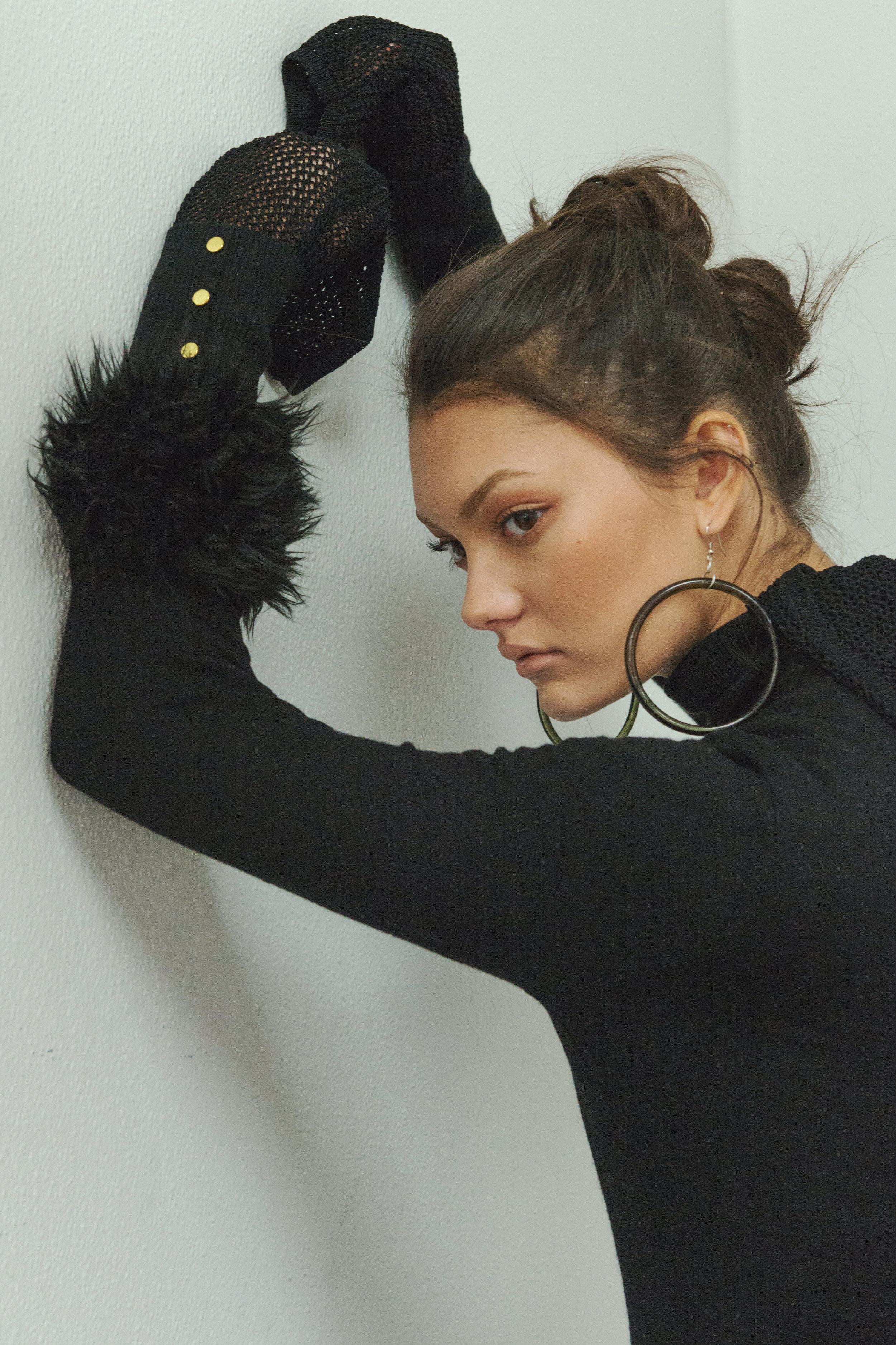 top  H&M , skirt  JEAN PAUL GAUTIER , accessories STYLIST'S ARCHIVE