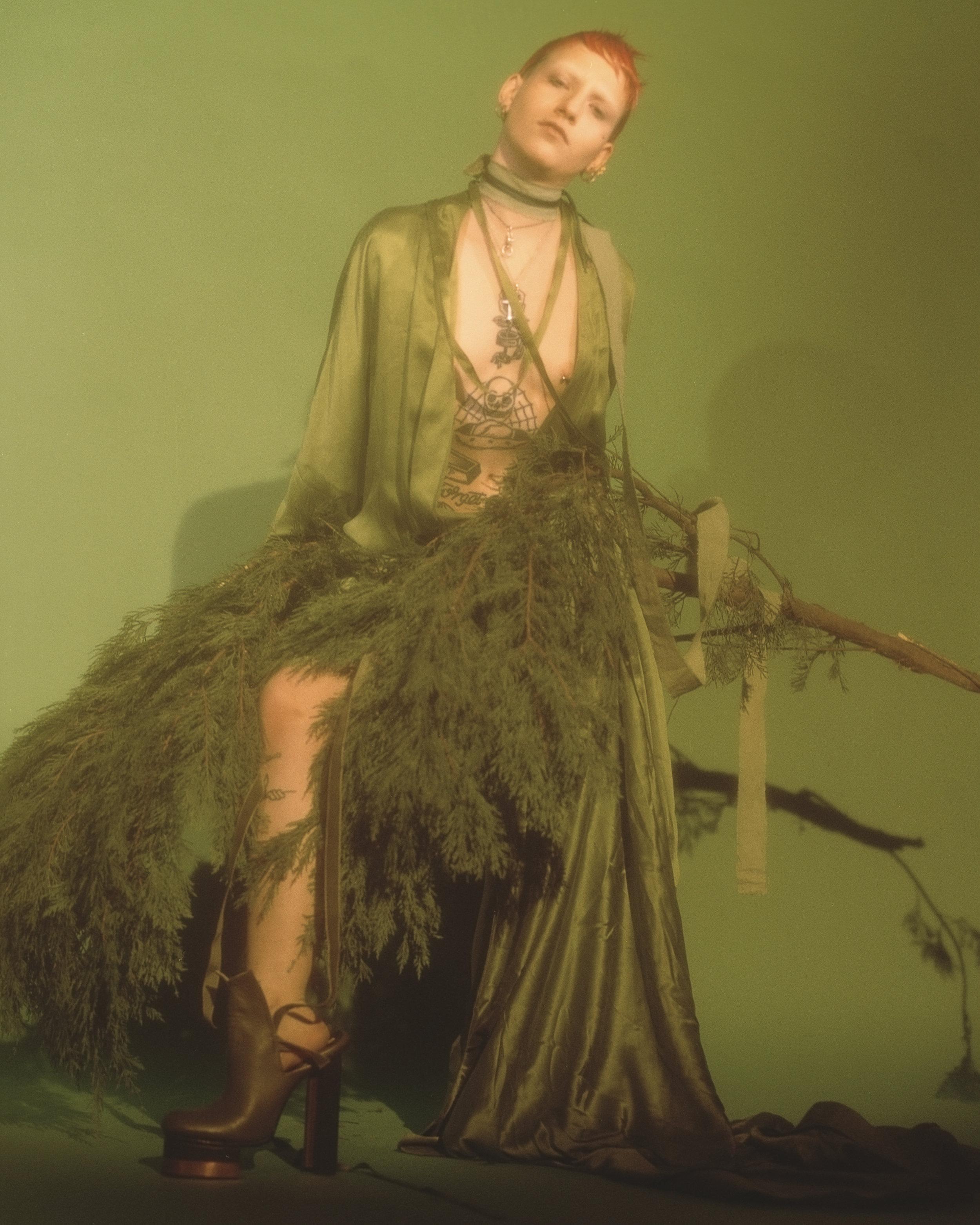 Liz wears robe  DAN SHAN , shoes  CAROLIN HOLZHUBER