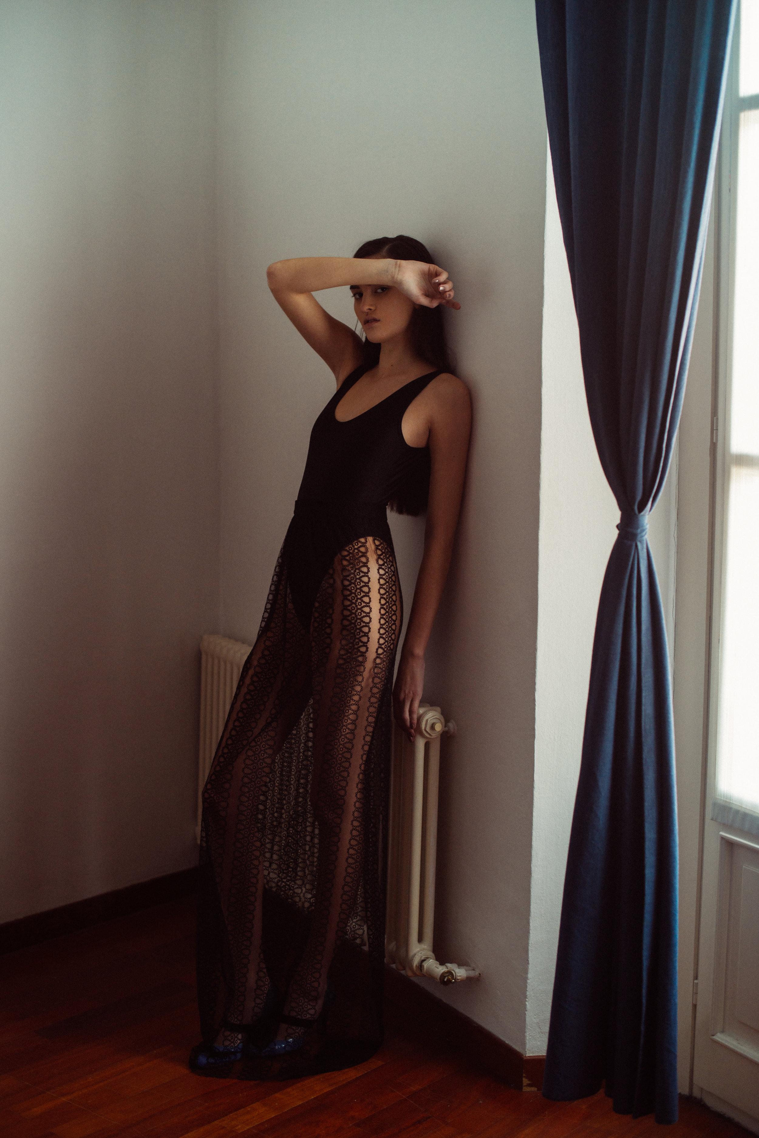 body STYLIST'S OWN, gown  BURBERRY , shoes  BOTTEGA VENETA
