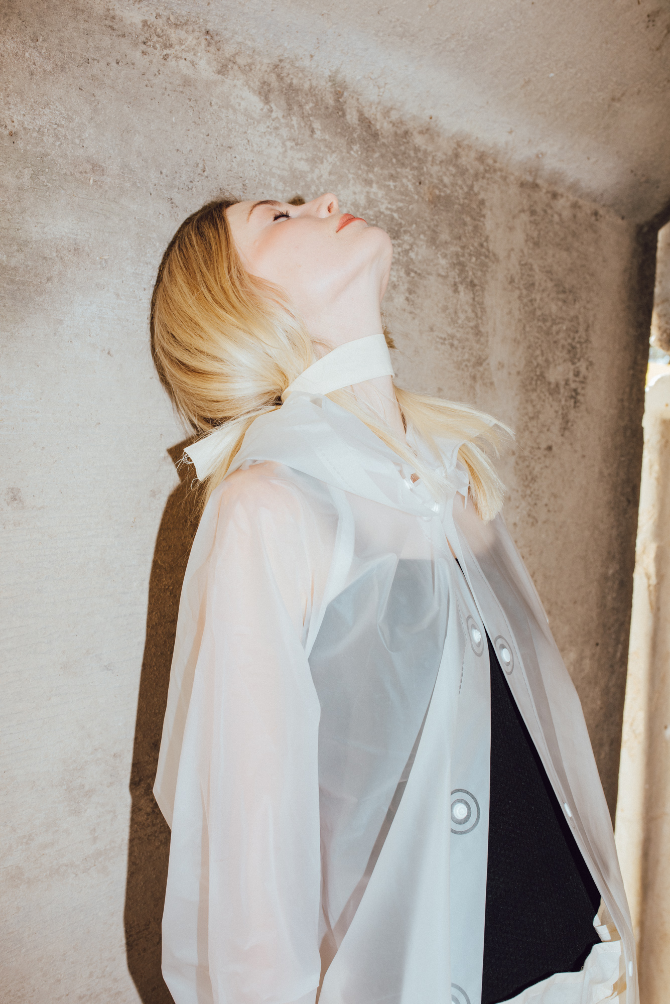 neck piece + body-suit + trousers  BEING APPAREL , raincoat MUJI