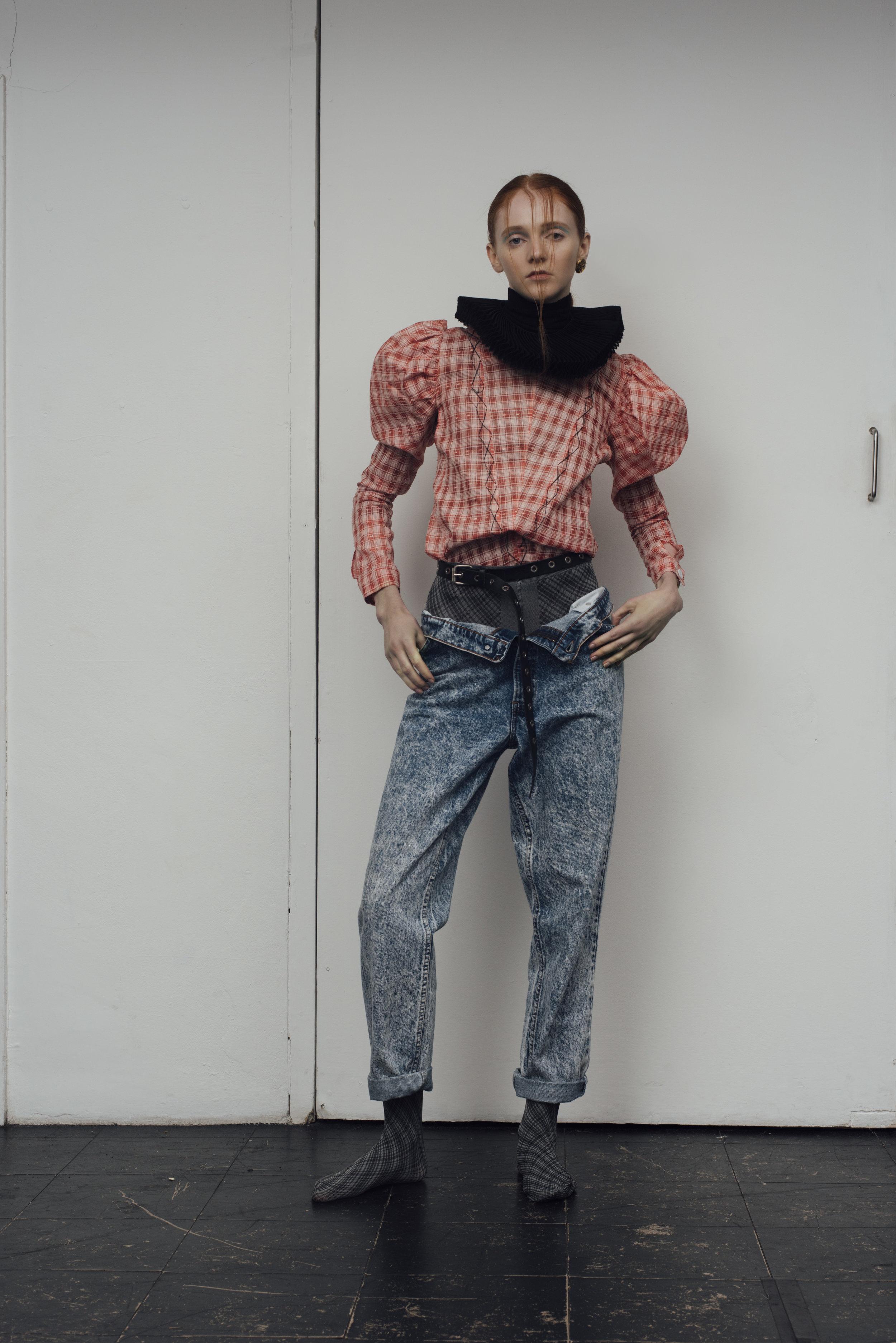 blouse  CONSTANCE BLACKALLER , collar COSTUME STUDIO, levi jeans  MINT VINTAGE , earrings STYLIST'S OWN CHANEL VINTAGE