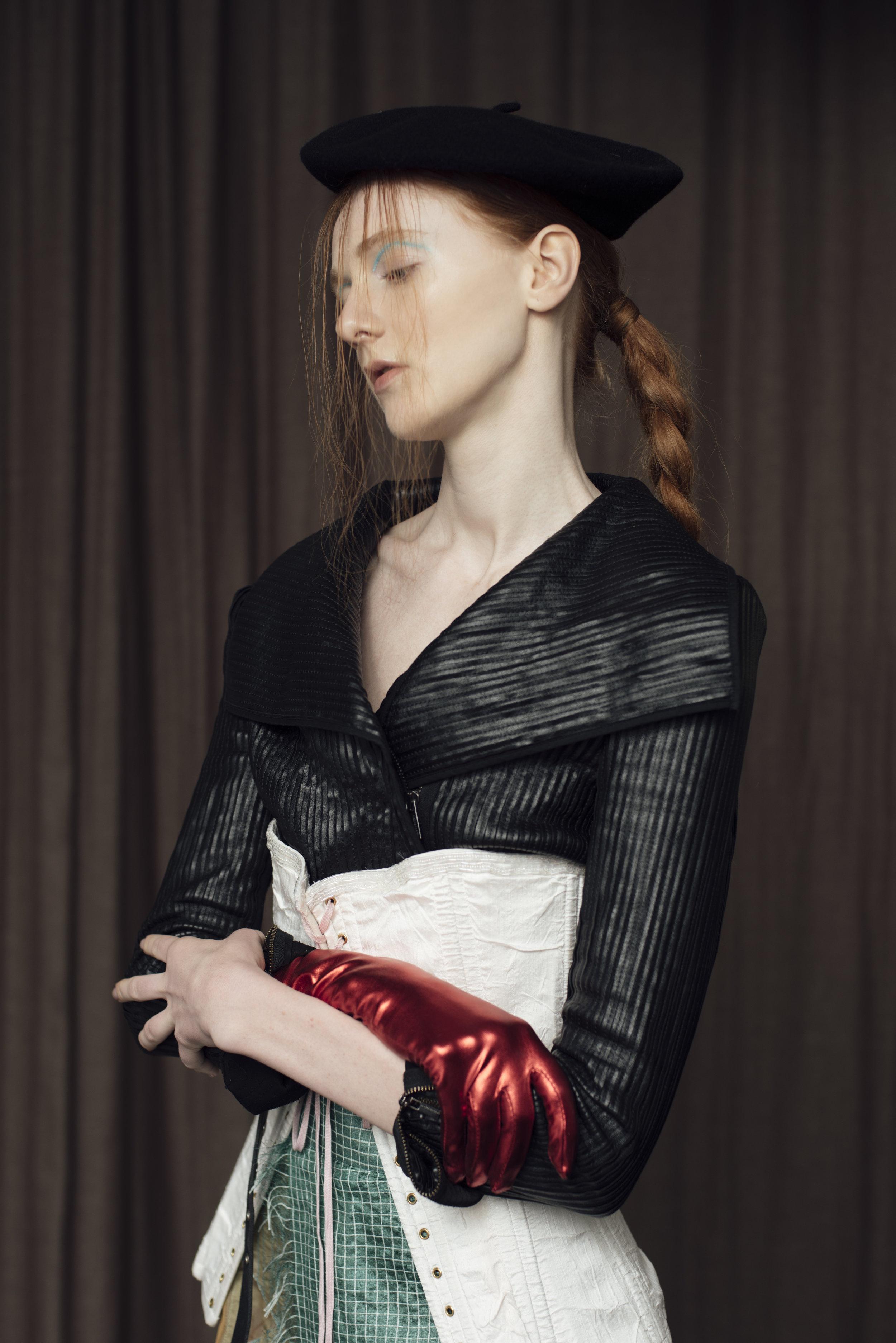 Jacket  BCBG ,corset COSTUME STUDIO, trousers  CONSTANCE BLACKBALLER ,glove STYLIST'S OWN,beret  BEYOND RETRO