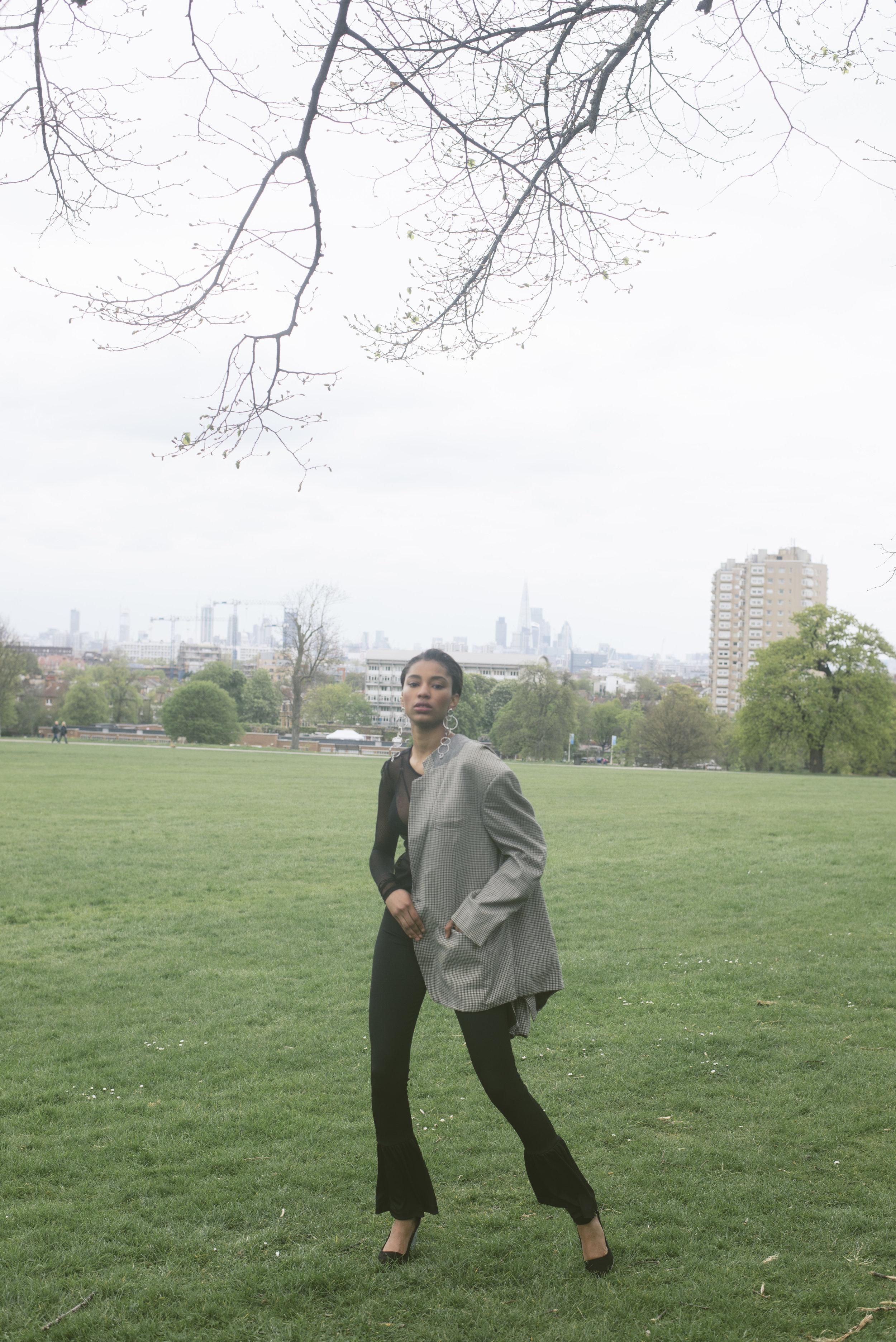 blazer VINTAGE, pants ZARA,top LIGHT BEFORE DARK, heels + earrings ASOS