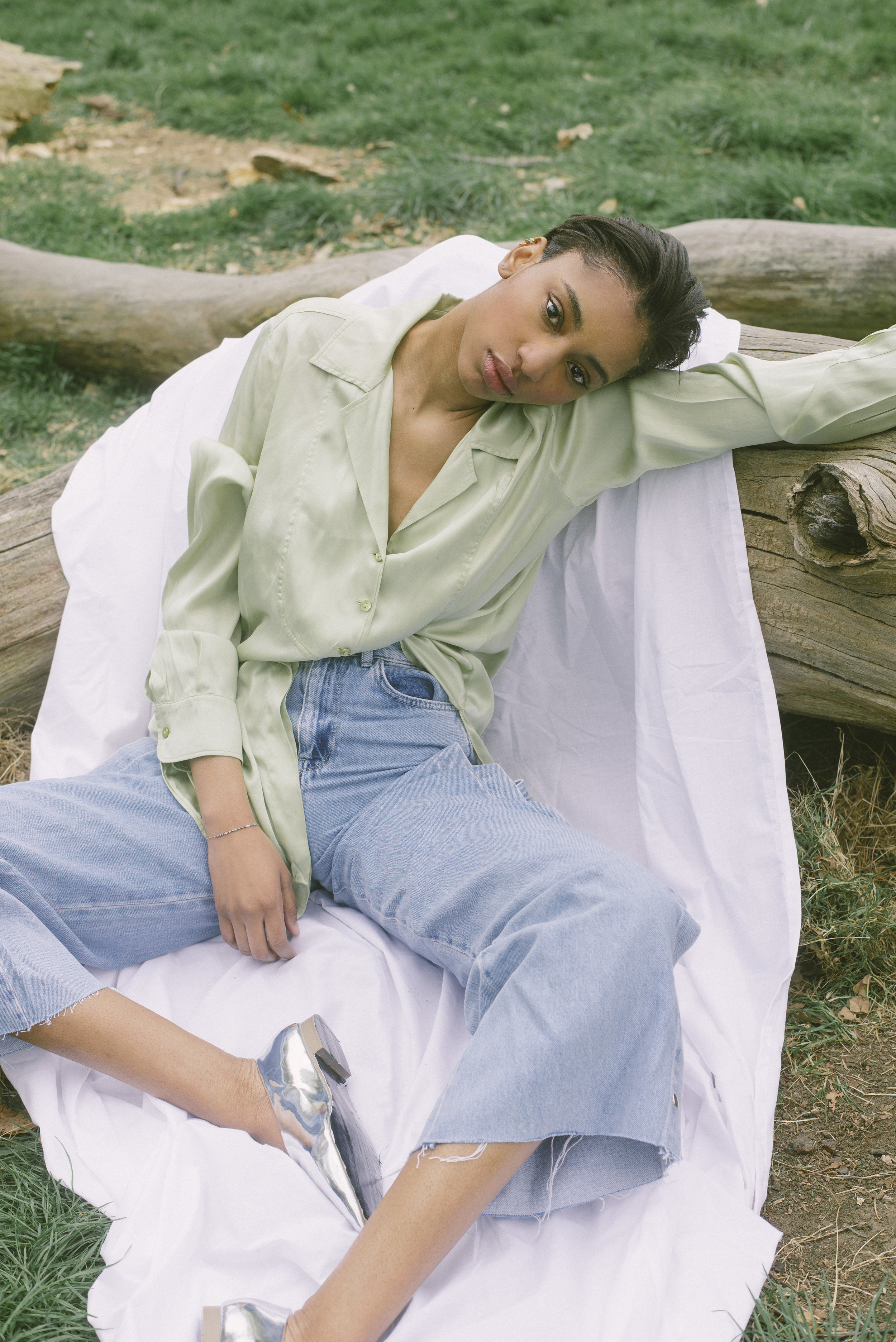 blouse VINTAGE, jeans PULL & BEAR, shoes ASOS