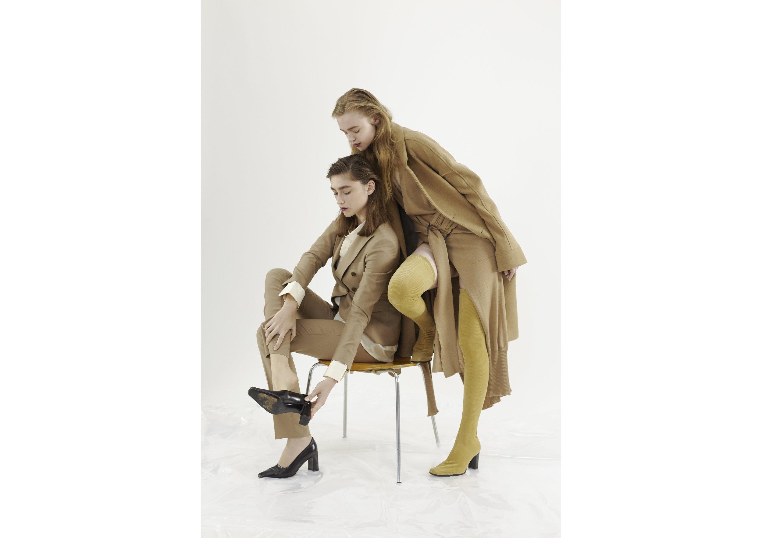 Tagliatore Tailleur, Vintage Shirt, Vintage Shoes Laboratori Italiani Coat, Pierantonio Gasparri Dress, Federico Cina Boots