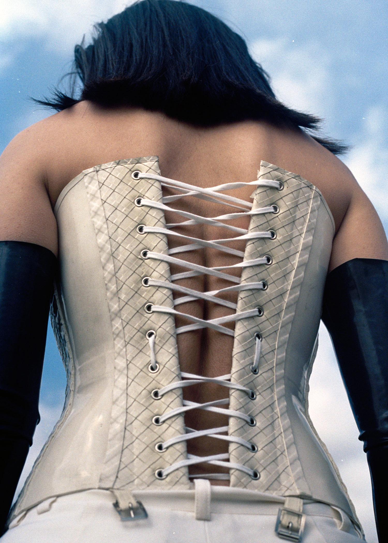 gloves + corset  HOUSE OF HARLOT ,trousers  SJCHO