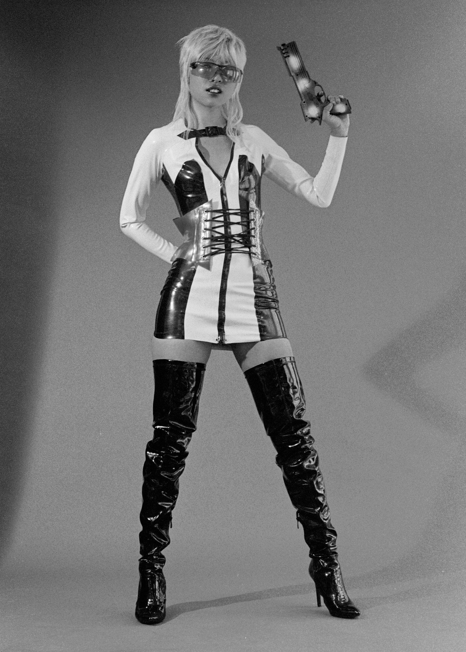 corset + dress  HOUSE OF HARLOT ,boots MILANO, sunglasses STYLIST'S OWN