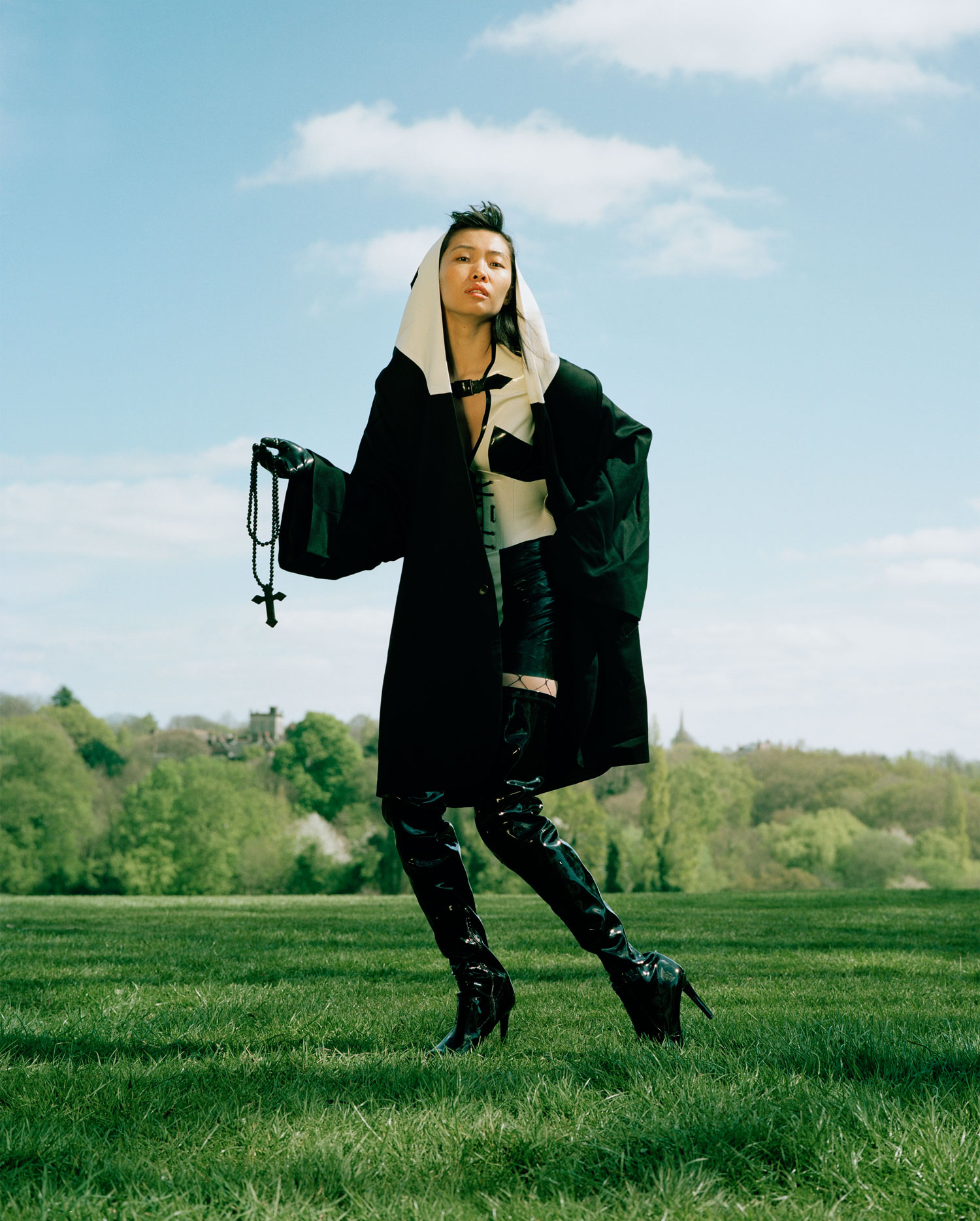 gloves + dress + corset  HOUSE OF HARLOT , cape  SjCHO , boots MILANO, necklace STYLIST'S OWN