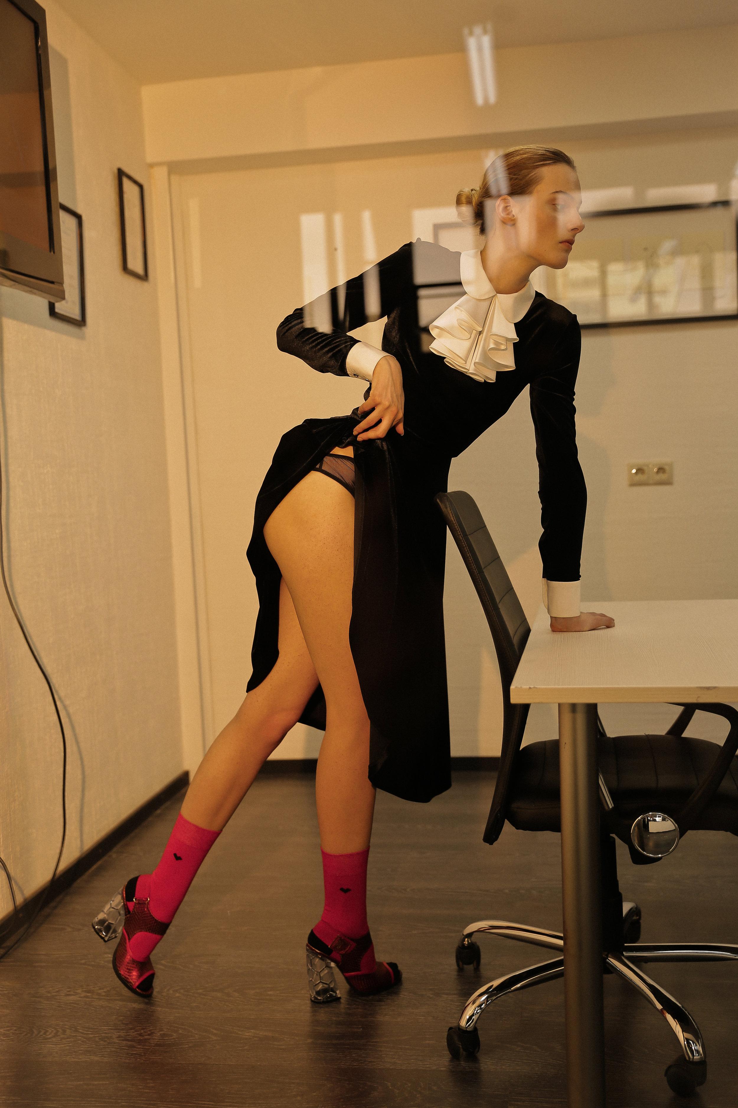 Dress Li-Lu, lingerie MOON Underwear, shoes Dirk Bikkembergs, socks St. Friday