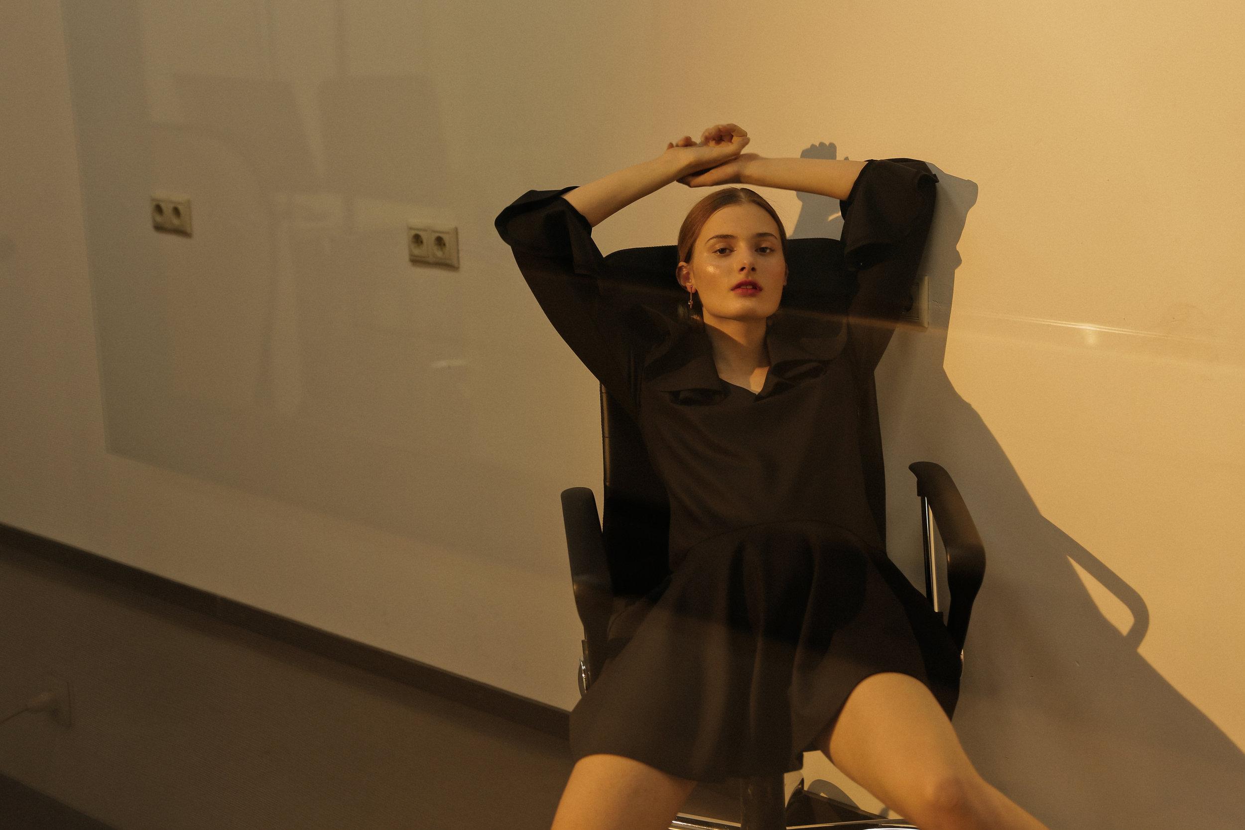 Dress Li-lu, shoes Lagerfeld, earrings NUUK, Christina Ramella, lingerie MOON Underwear