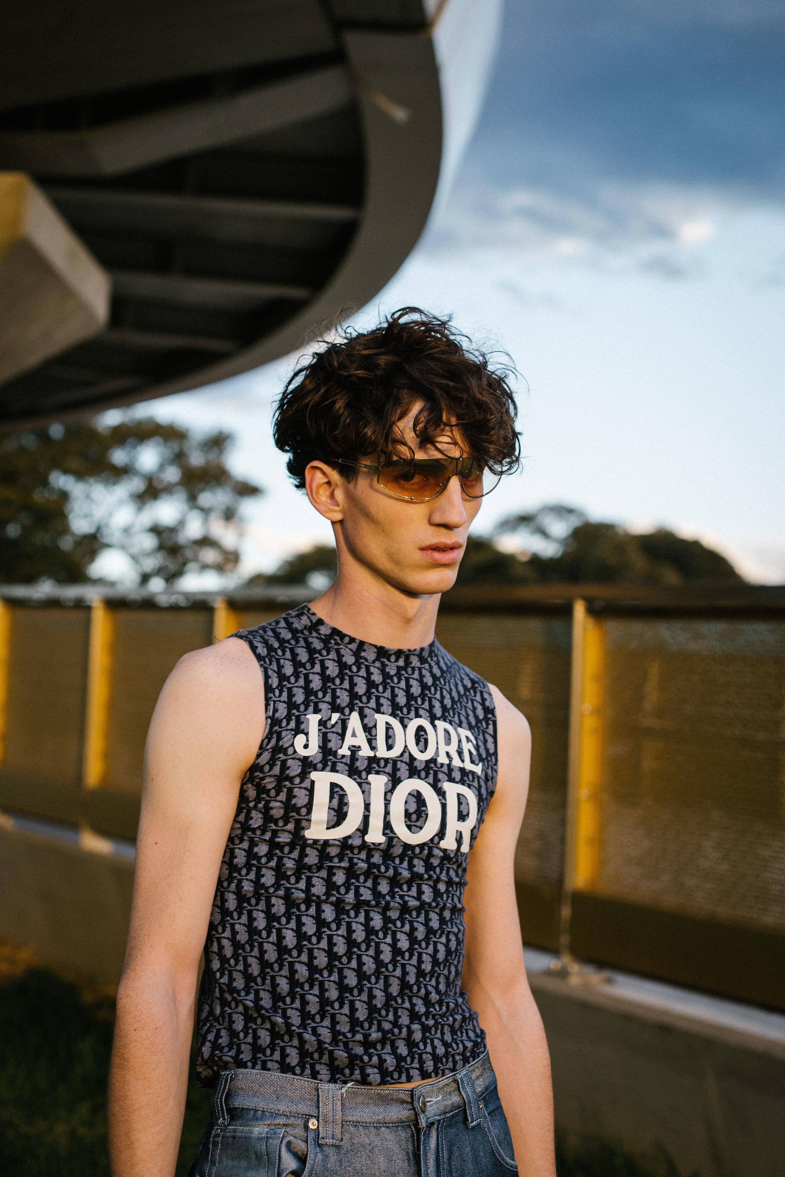 sunglasses Dior, top Dior, jeans Dada, shoes Maison Martin Margiela