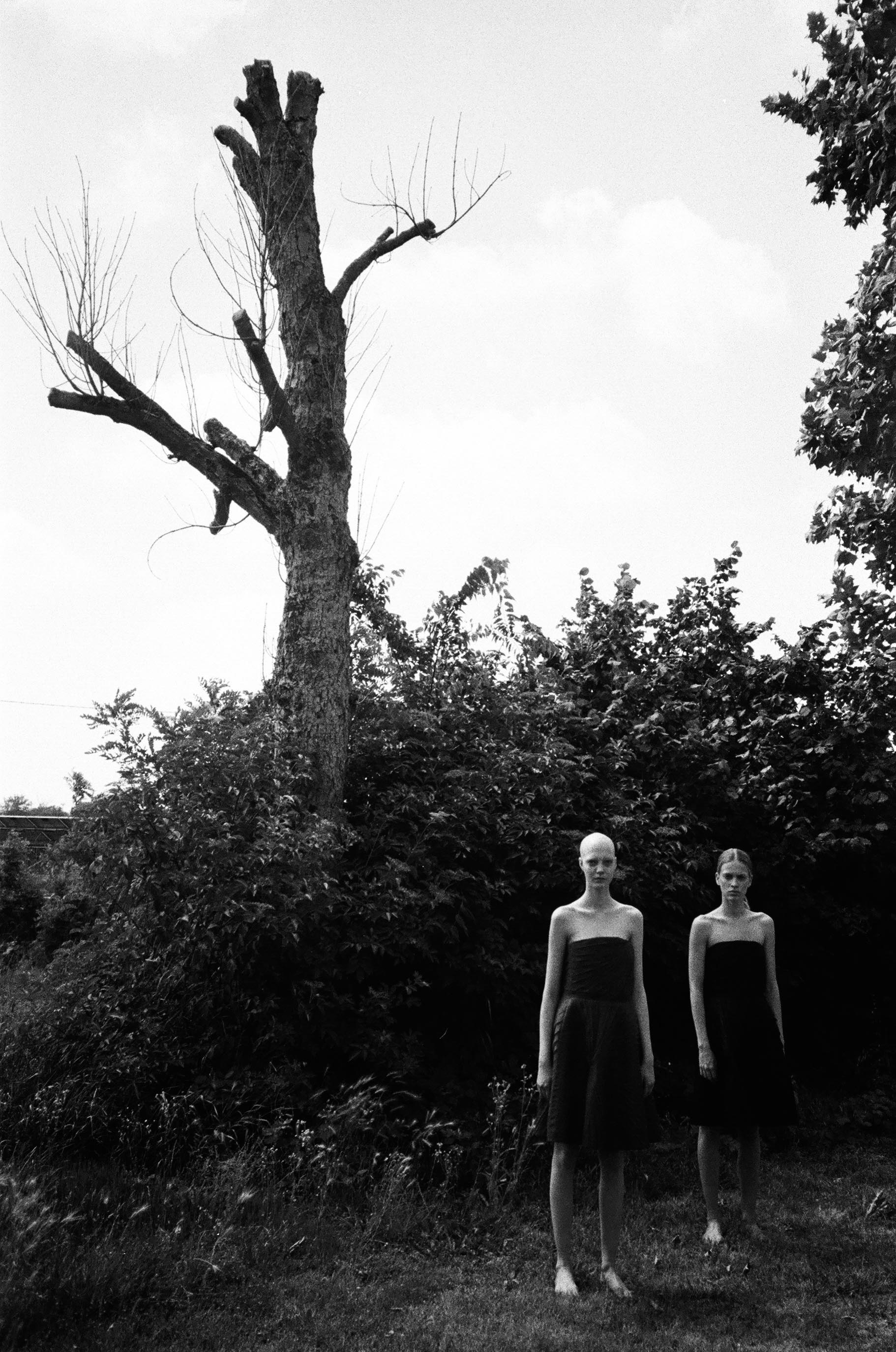 YANA + LAURA WEAR DRESSES ARMANI