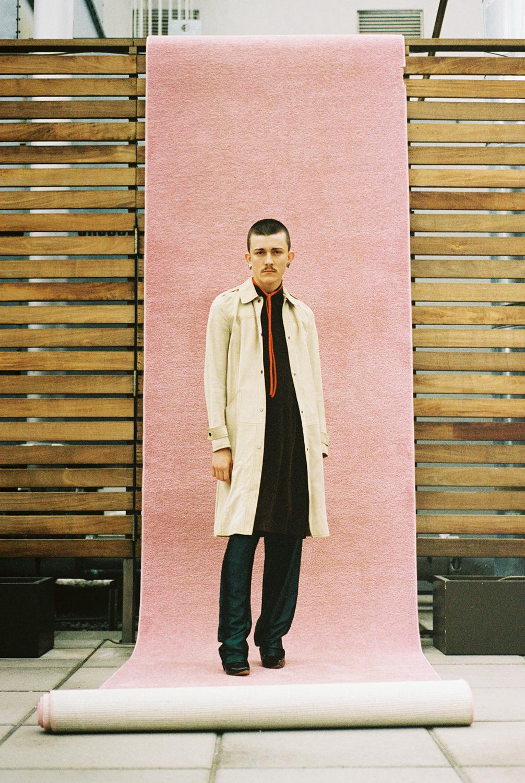 coat DEREK LAM , neck tie, dress pants boots VINTAGE,