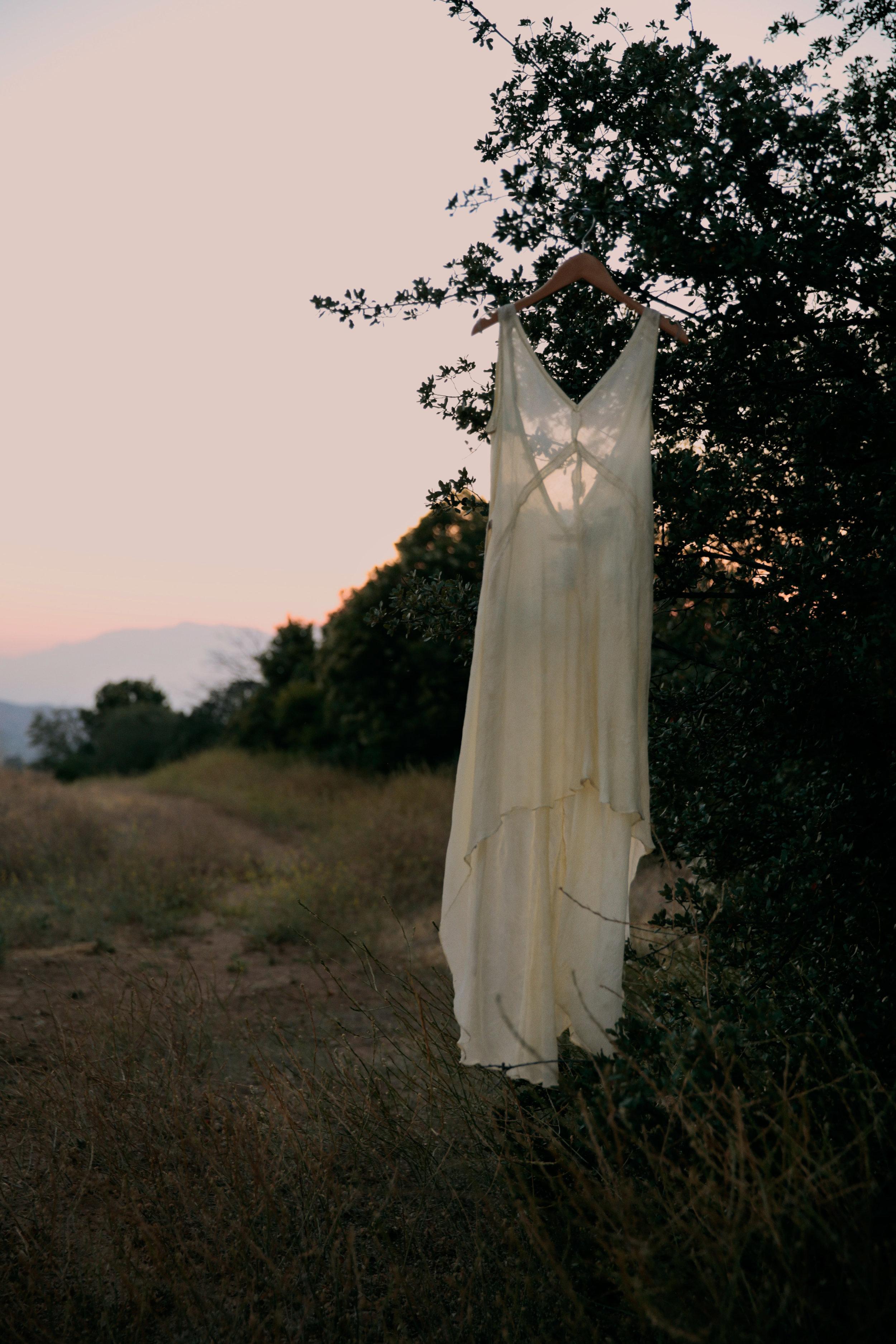 dress JILL AIKO YEE, top + trousers LA LEVRETTE .