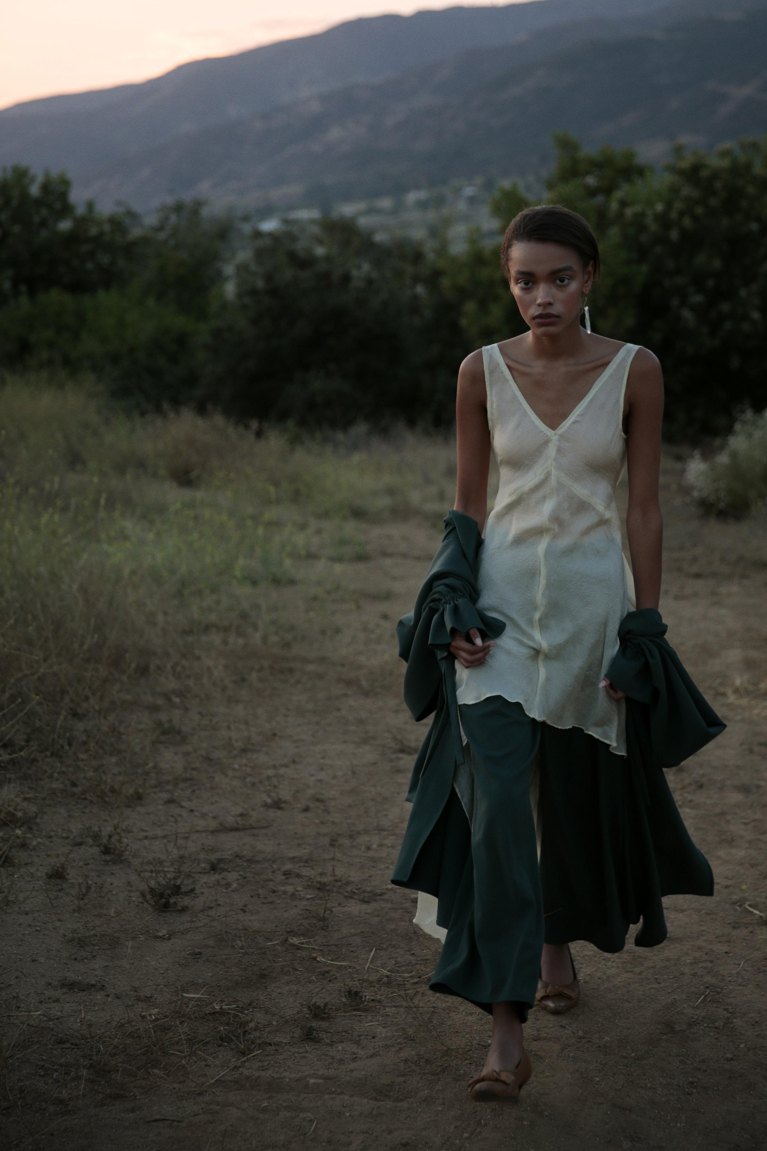 dress JILL AIKO YEE, top + trousers LA LEVRETTE