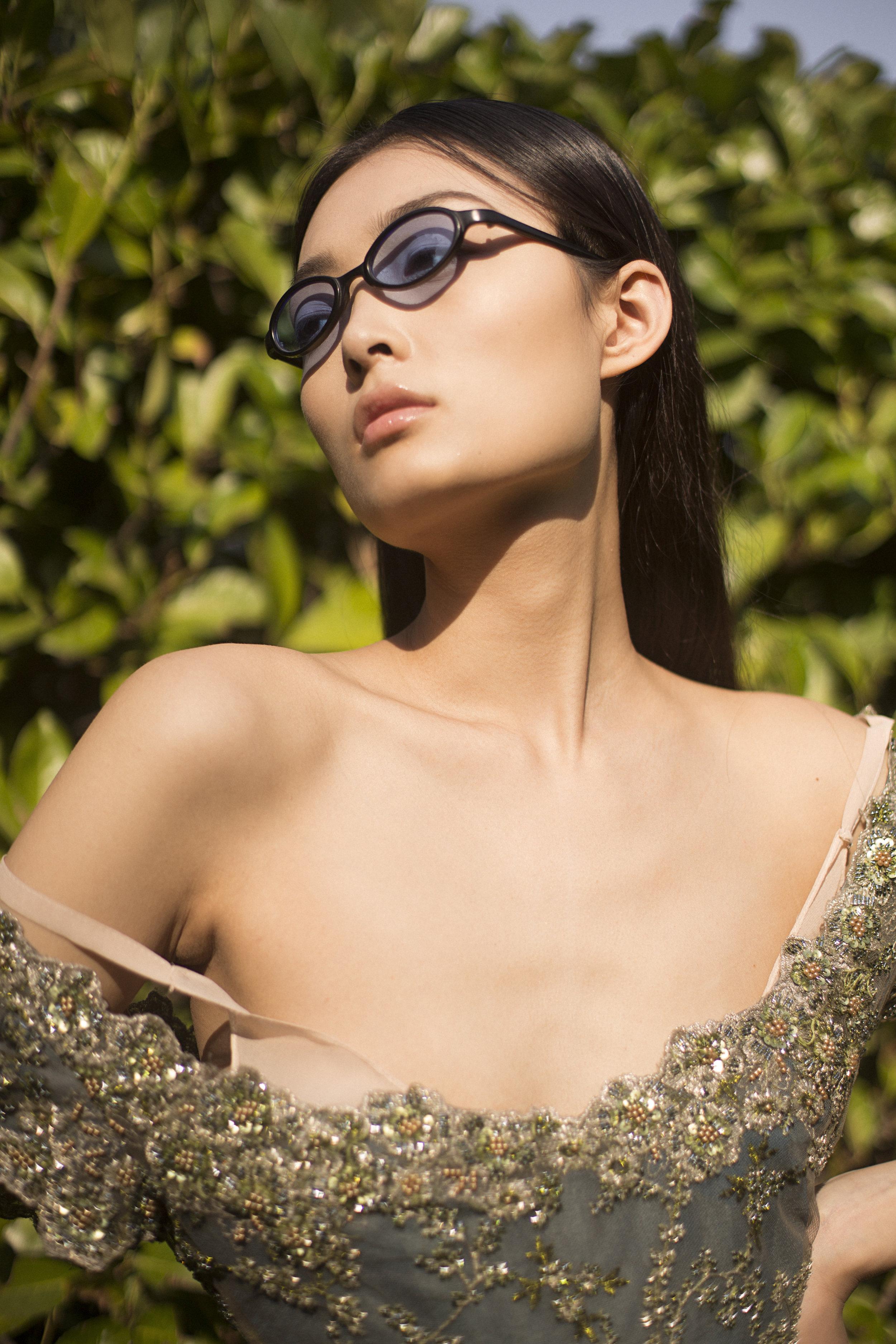 dress LUISA BECCARIA, sunglasses VINTAGE SOVIET