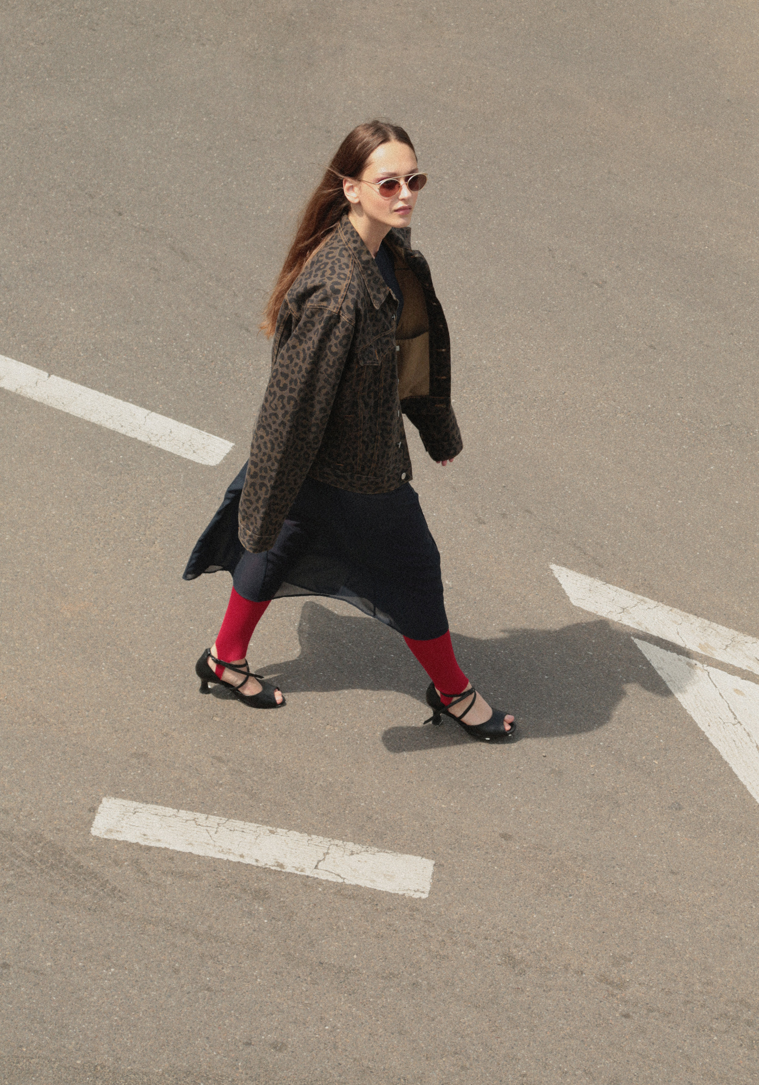 Denim Jacket Dries Van Noten (Manswaer) ; Dress The B.; Leggins and Shoes Arrabal; Sunnies stylist own's